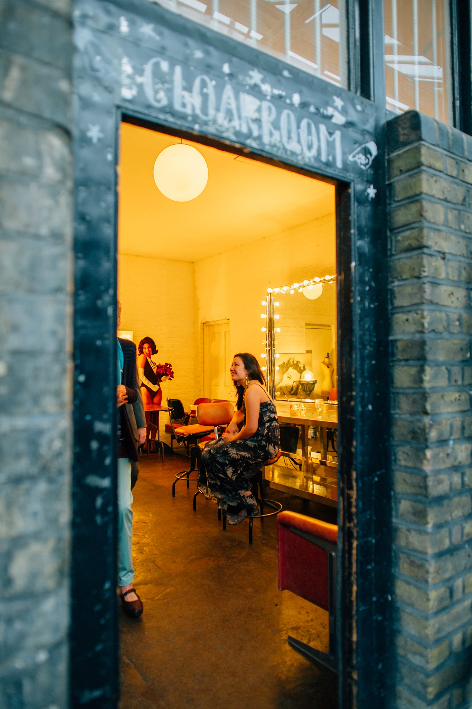 0202-lisa-devine-alternative-wedding-photography-london-hackney-dalston-london-photography-townhall-hotel.JPG