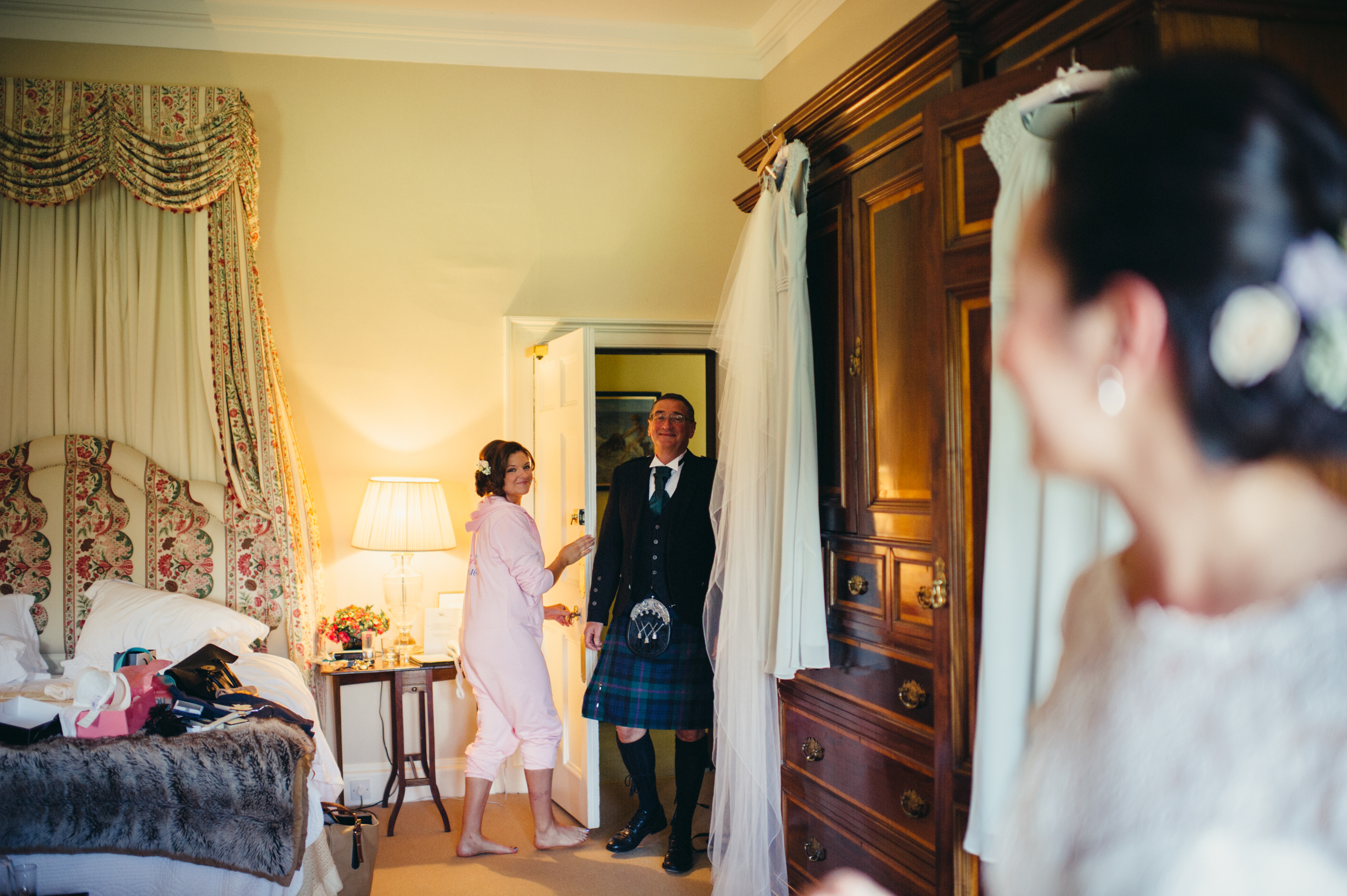 0071-lisa-devine-alternative-creative-wedding-photography-glasgow-edinburgh.JPG