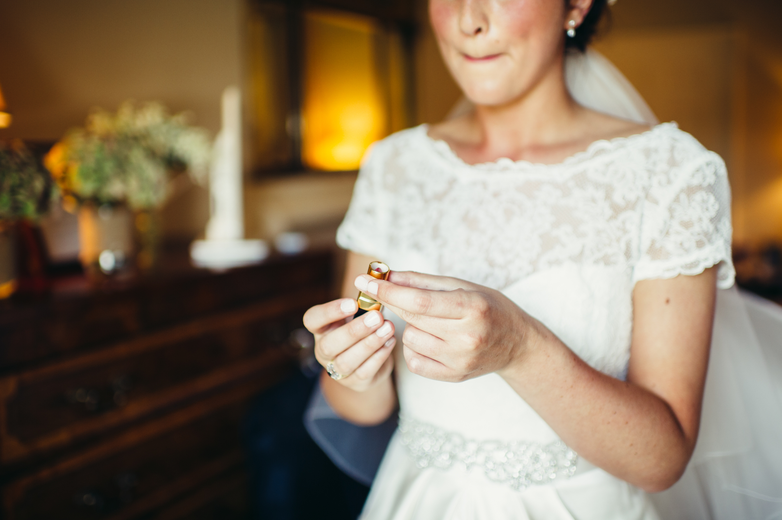 0078-lisa-devine-alternative-creative-wedding-photography-glasgow-edinburgh.JPG
