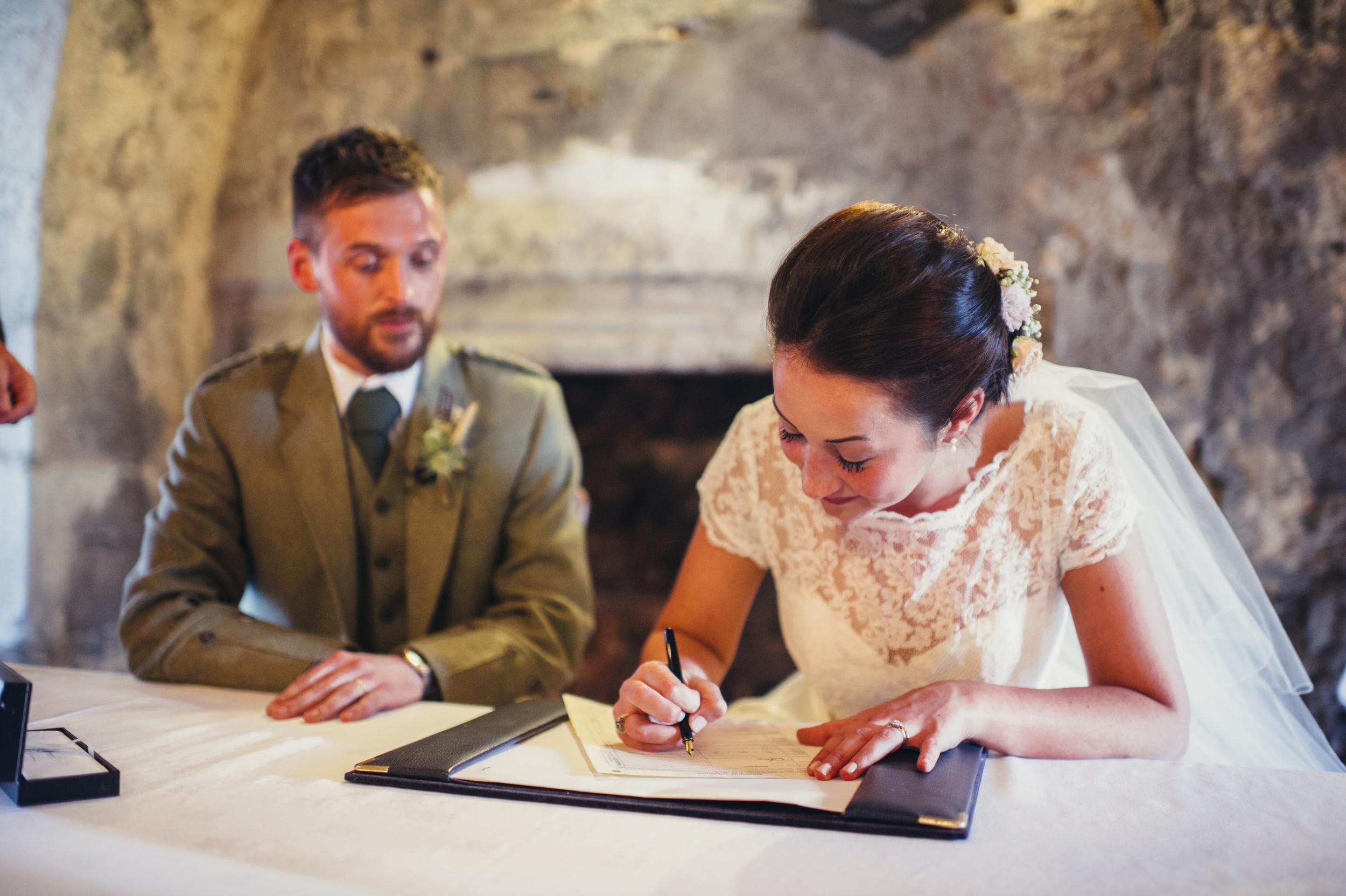 0109-lisa-devine-alternative-creative-wedding-photography-glasgow-edinburgh.JPG