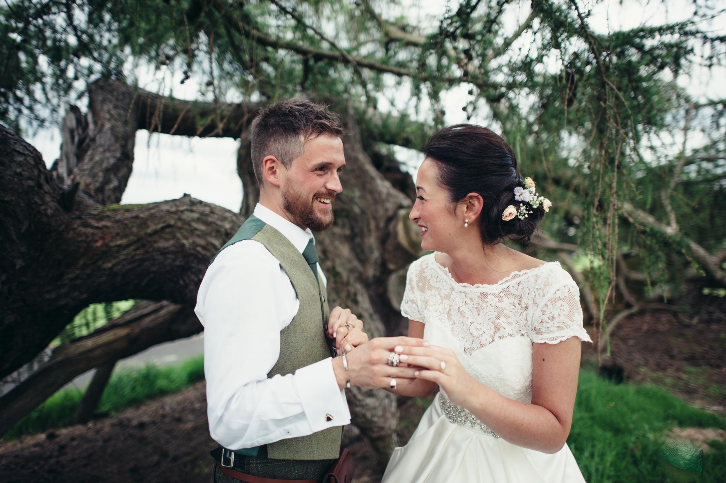 0173-lisa-devine-alternative-creative-wedding-photography-glasgow-edinburgh.JPG