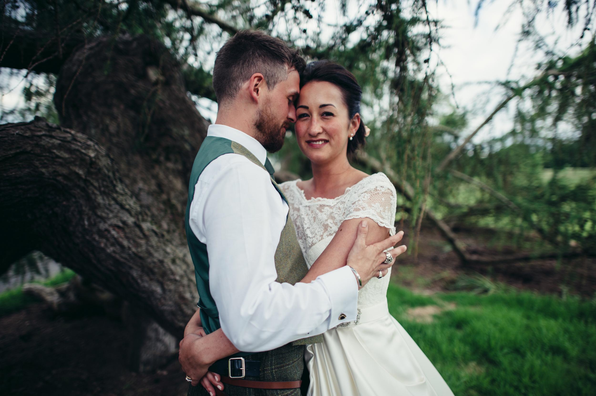 0174-lisa-devine-alternative-creative-wedding-photography-glasgow-edinburgh.JPG