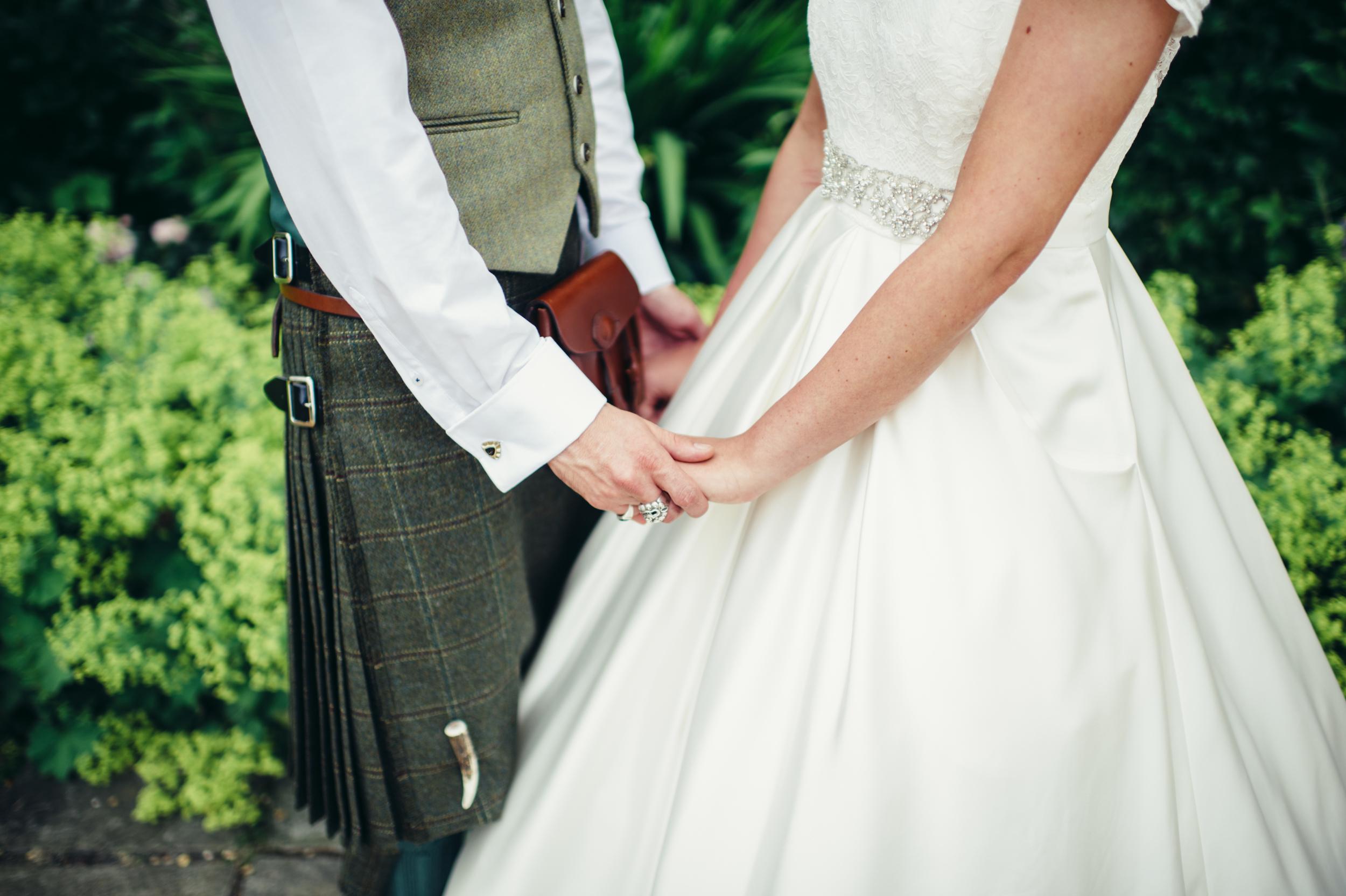 0179-lisa-devine-alternative-creative-wedding-photography-glasgow-edinburgh.JPG