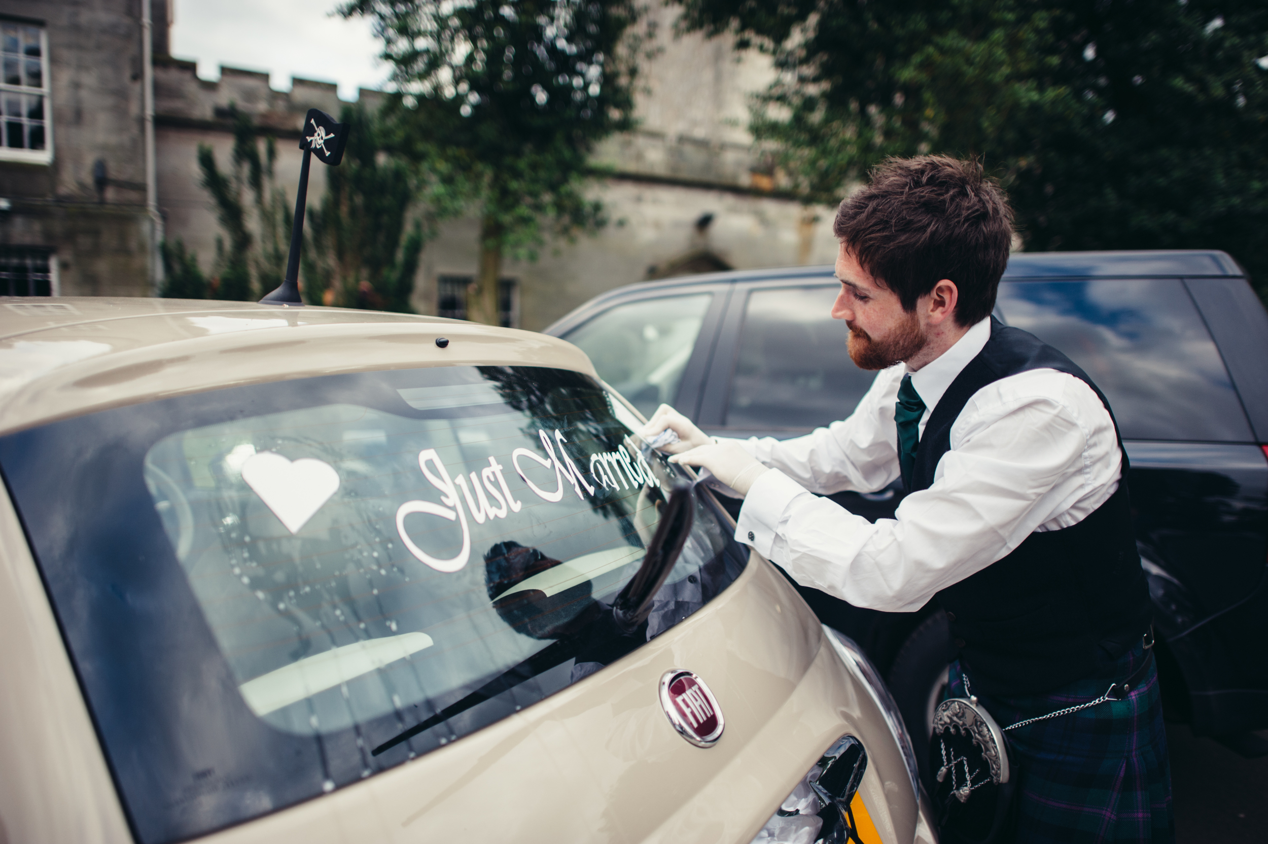 0180-lisa-devine-alternative-creative-wedding-photography-glasgow-edinburgh.JPG