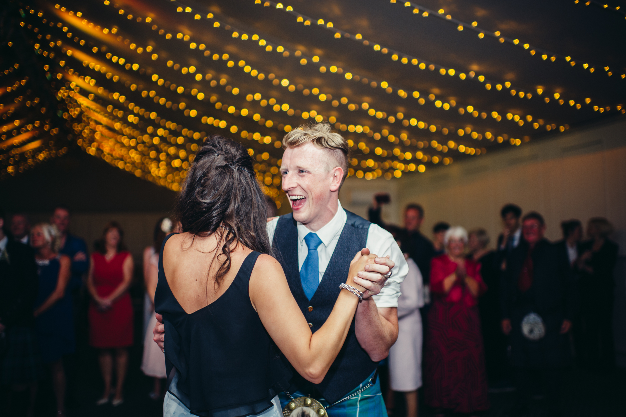 0184-lisa-devine-alternative-creative-wedding-photography-glasgow-edinburgh.JPG