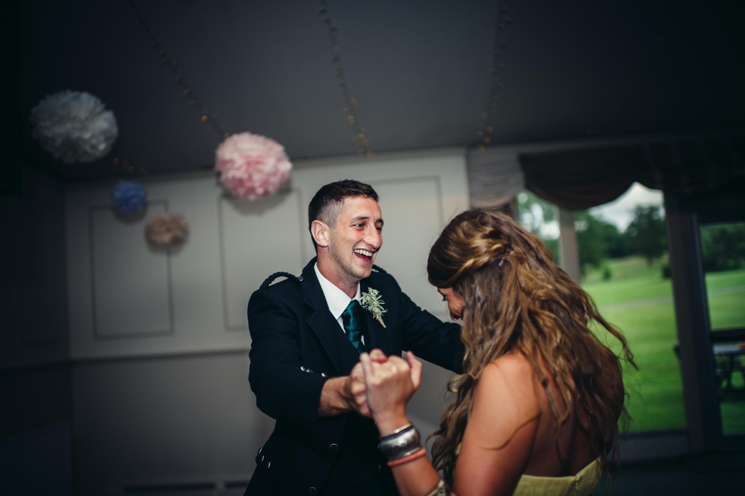 0187-lisa-devine-alternative-creative-wedding-photography-glasgow-edinburgh.JPG