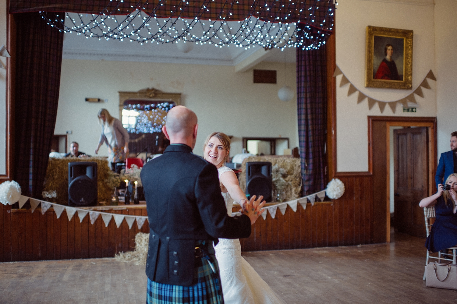 193-lisa-devine-photography-alternative-wedding-photography-skye-scotland.JPG