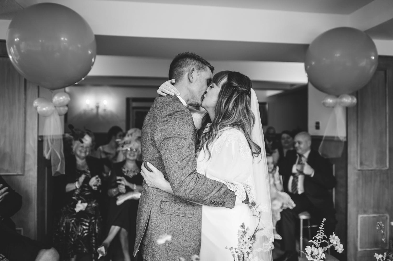 034-lisa-devine-photography-alternative-creative-wedding-photography-glasgow-scotland-uk.JPG