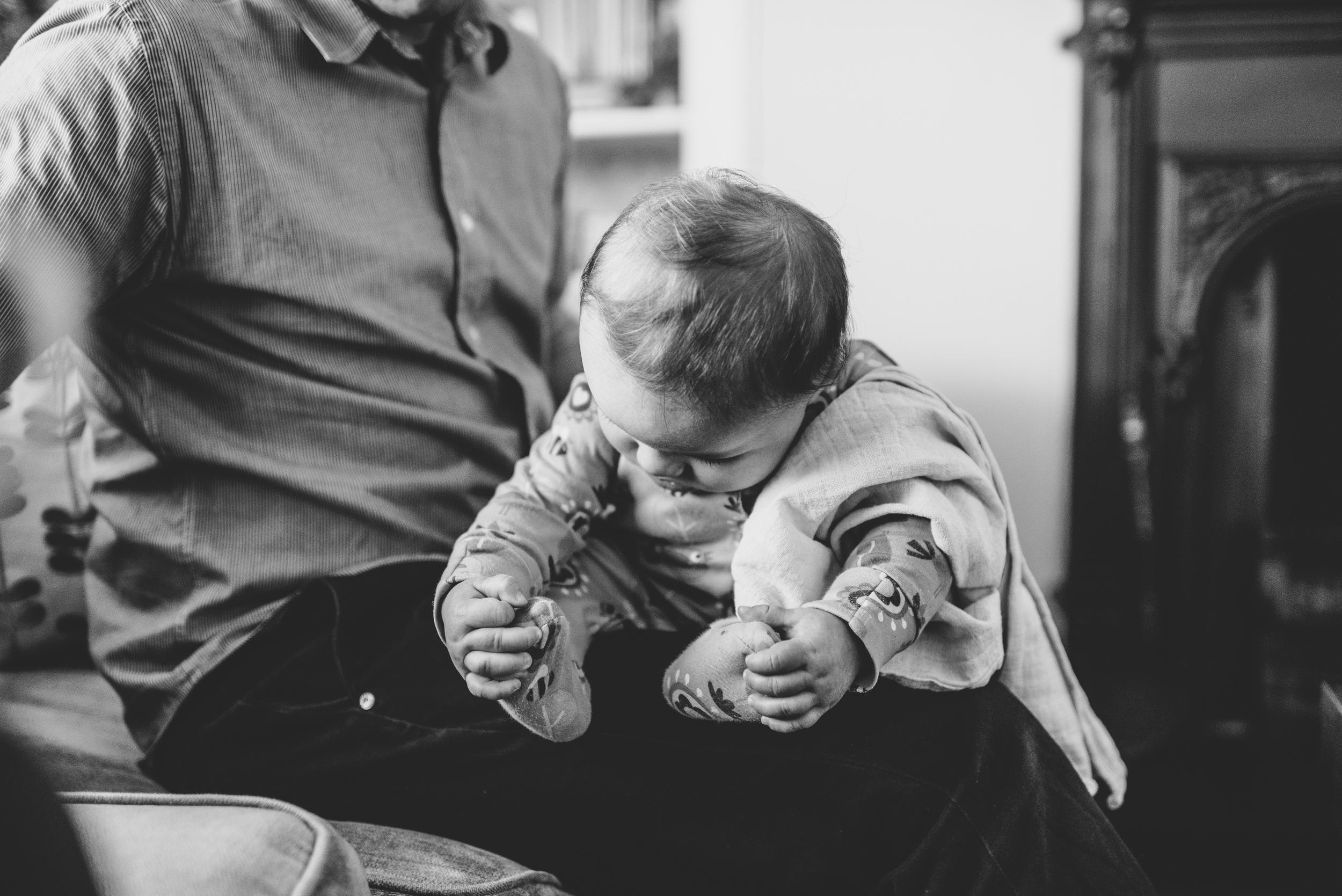 0019-ALTERNATIVE-WEDDING-PHOTOGRAPHER-GLASGOW-FAMILY-PHOTOGRAPHER-KIDS-PORTRAITS-BABY-PORTRAITS-GLASGOW.JPG