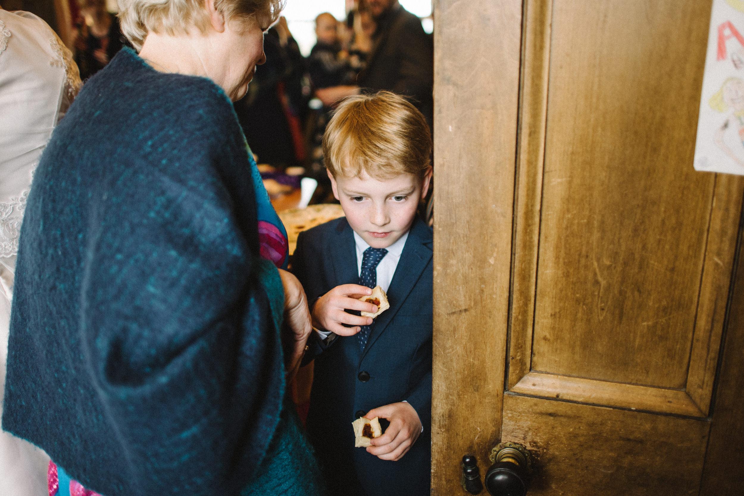 0019-alternative-wedding-portrait-family-kids-photographer-glasgow-scotland.JPG