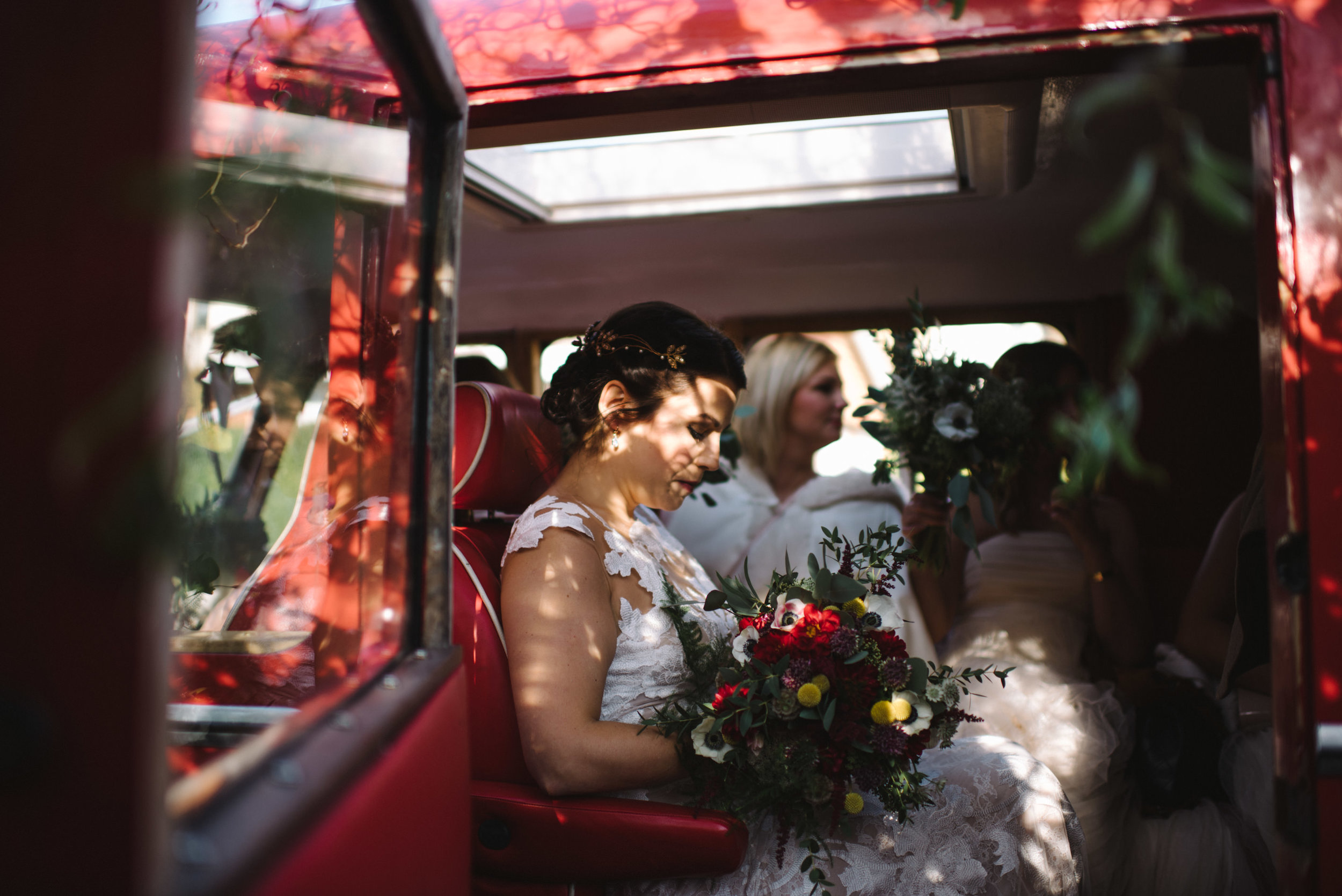 0025-LISA-DEVINE-PHOTOGRAPHY-ALTERNATIVE-WEDDING-PHOTOGRAPHY-SCOTLAND-DESTINATION-WEDDINGS-GLASGOW-WEDDINGS-COOL-WEDDINGS-STYLISH-WEDDINGS.JPG