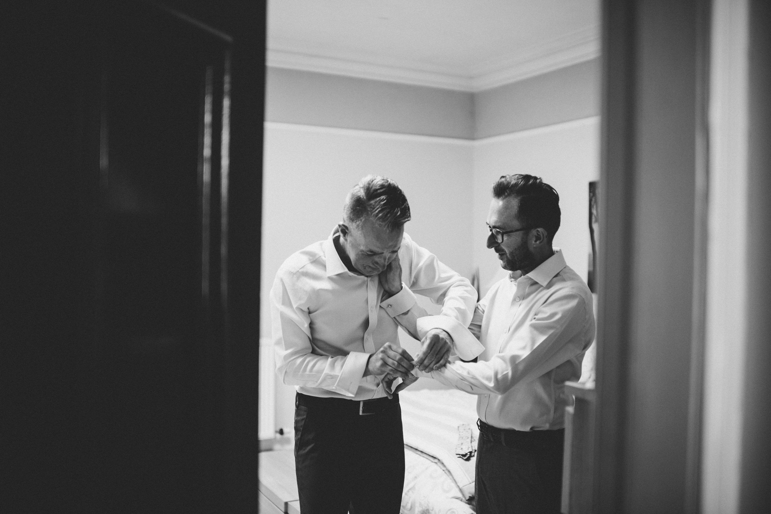0056-LISA-DEVINE-PHOTOGRAPHY-ALTERNATIVE-WEDDING-PHOTOGRAPHY-SCOTLAND-DESTINATION-WEDDINGS-GLASGOW-WEDDINGS-COOL-WEDDINGS-STYLISH-WEDDINGS.JPG