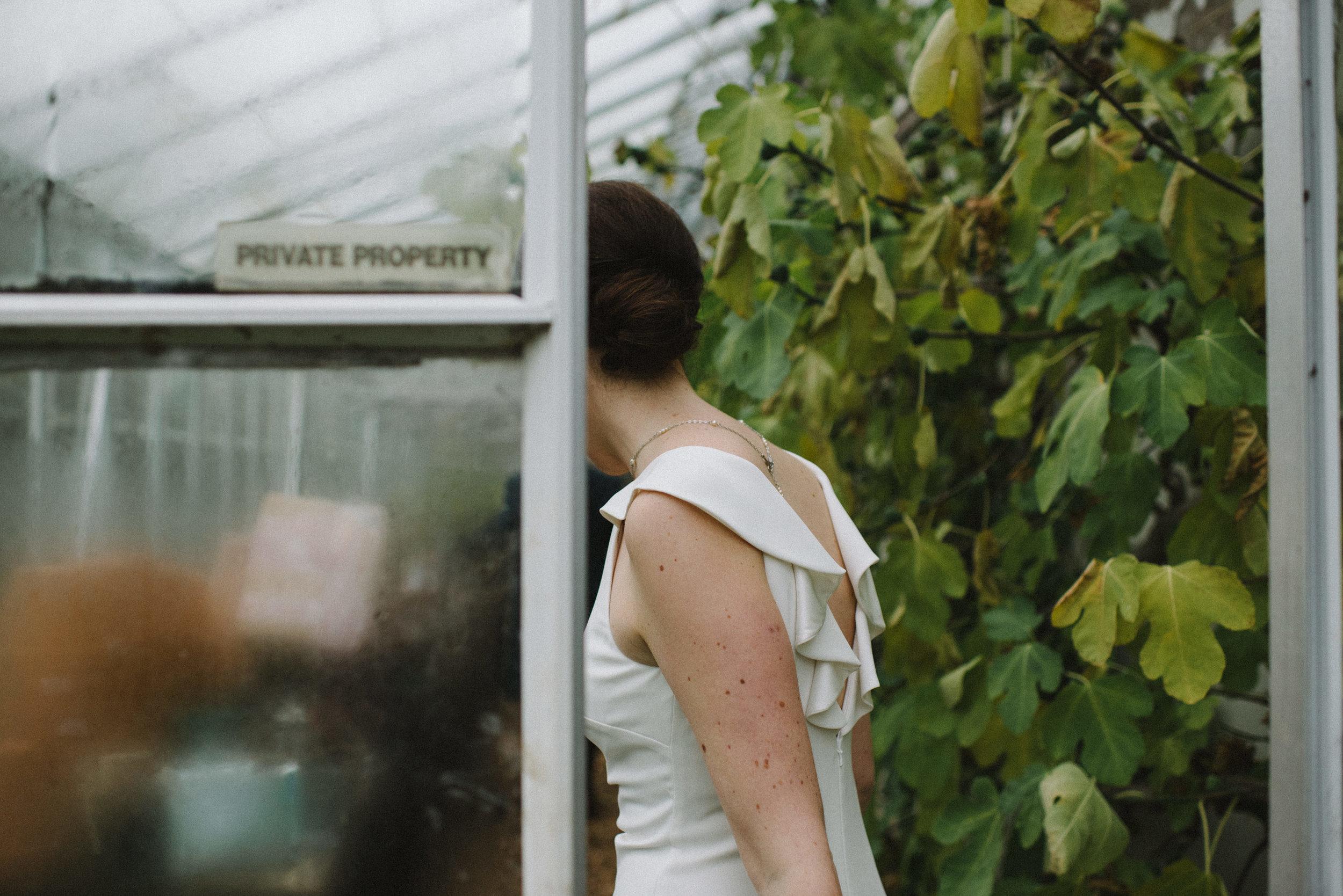 0084-LISA-DEVINE-PHOTOGRAPHY-ALTERNATIVE-WEDDING-PHOTOGRAPHY-SCOTLAND-DESTINATION-WEDDINGS-GLASGOW-WEDDINGS-COOL-WEDDINGS-STYLISH-WEDDINGS.JPG