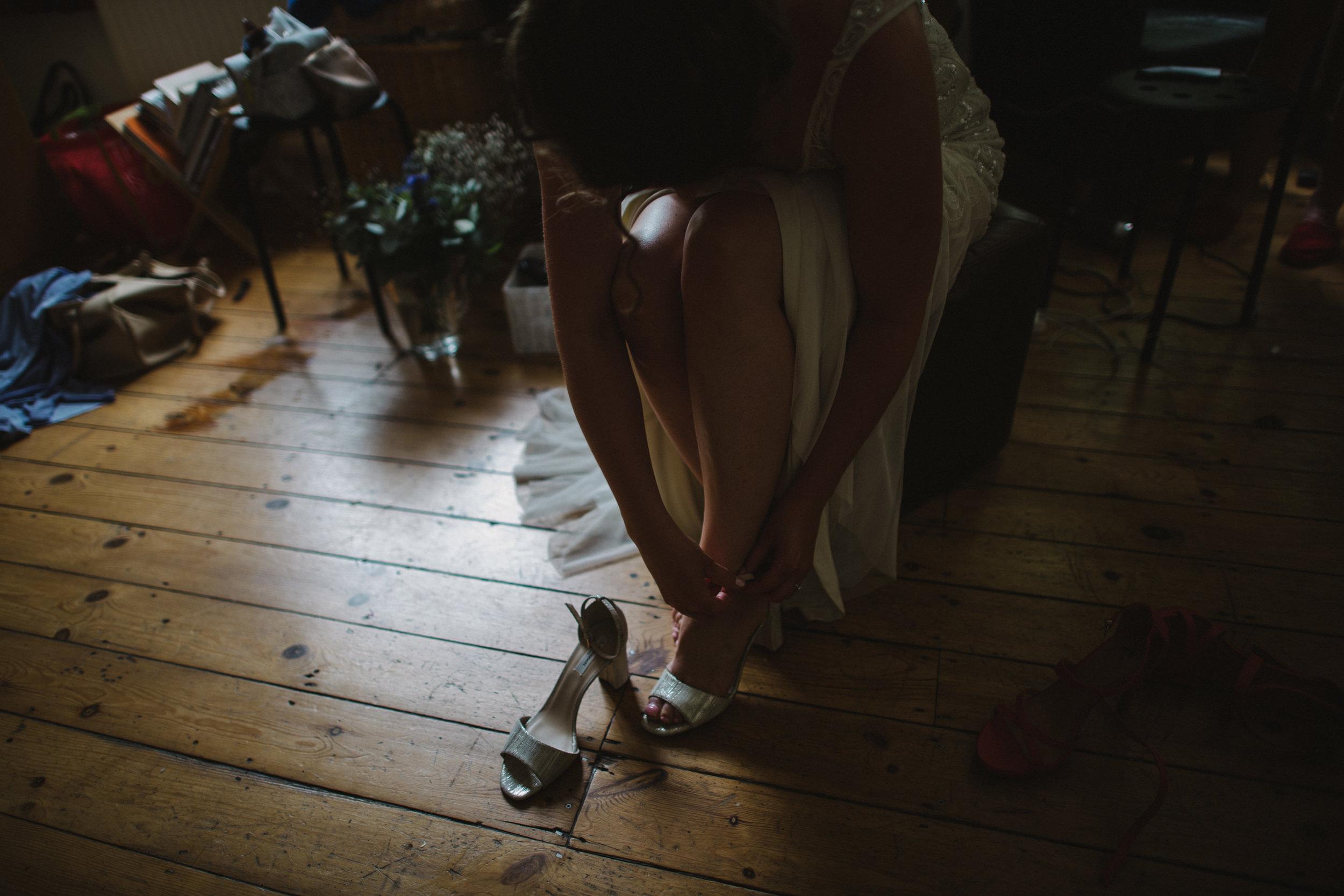 0096-LISA-DEVINE-PHOTOGRAPHY-ALTERNATIVE-WEDDING-PHOTOGRAPHY-SCOTLAND-DESTINATION-WEDDINGS-GLASGOW-WEDDINGS-COOL-WEDDINGS-STYLISH-WEDDINGS.JPG