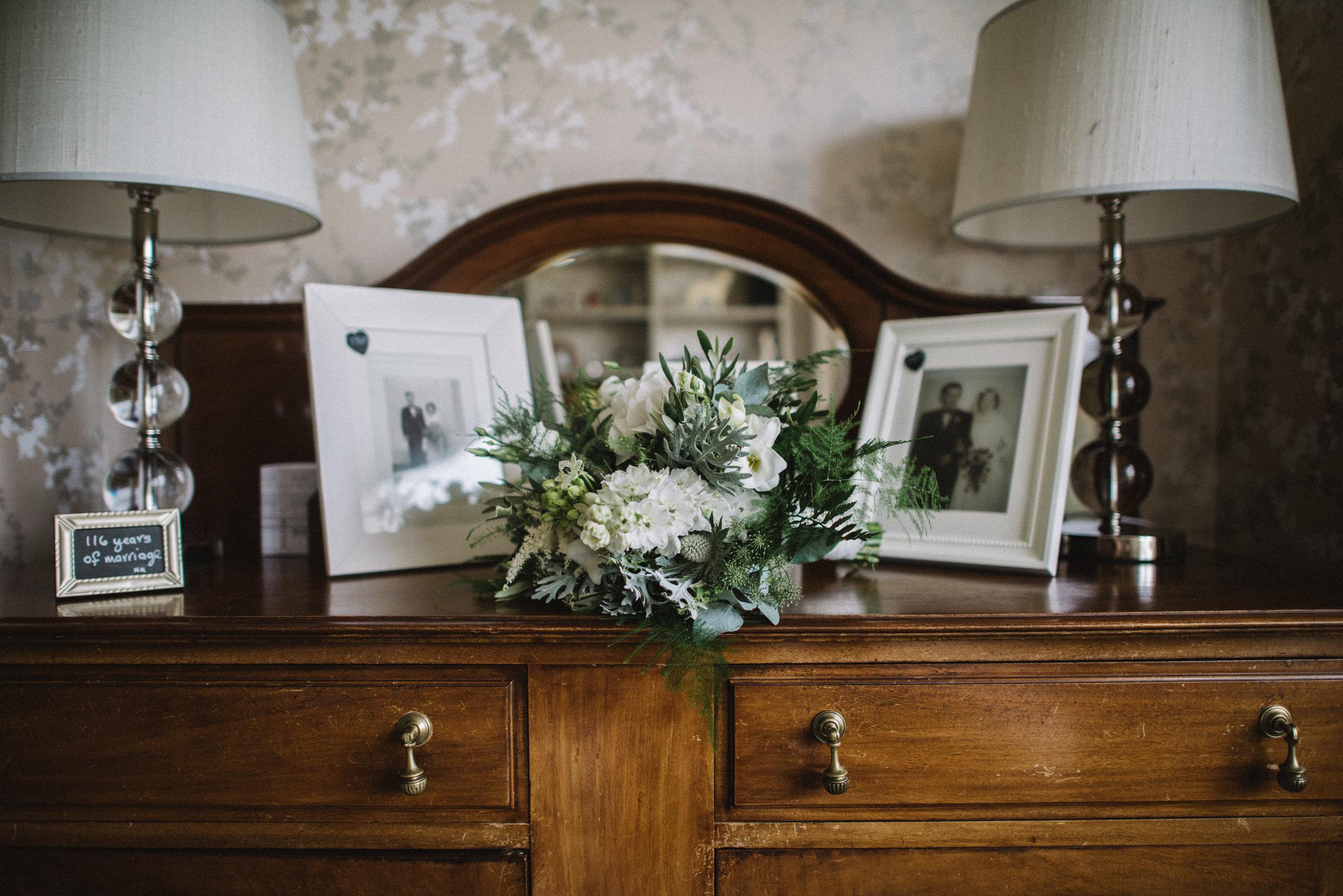 0170-LISA-DEVINE-PHOTOGRAPHY-ALTERNATIVE-WEDDING-PHOTOGRAPHY-SCOTLAND-DESTINATION-WEDDINGS-GLASGOW-WEDDINGS-COOL-WEDDINGS-STYLISH-WEDDINGS.JPG