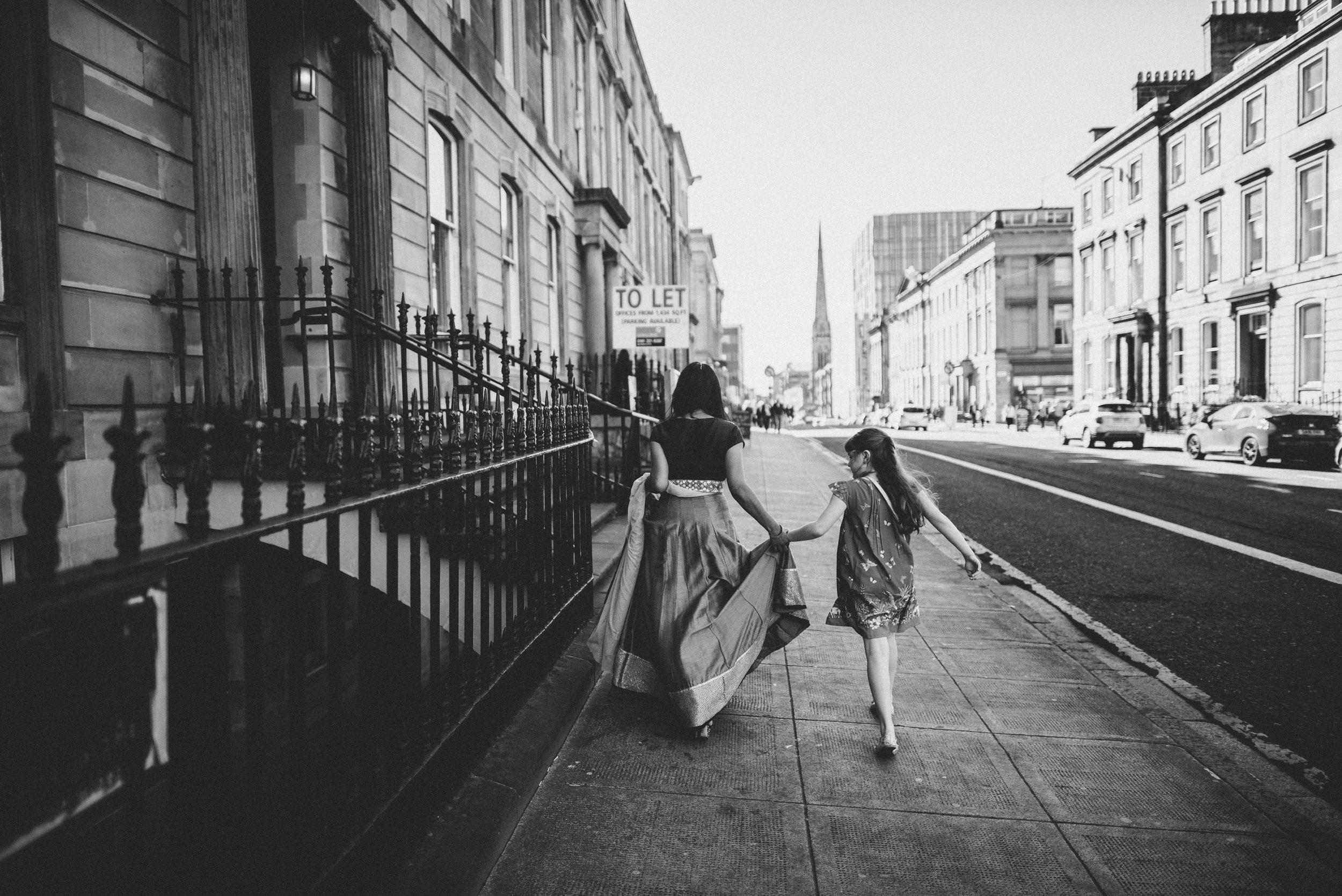0174-LISA-DEVINE-PHOTOGRAPHY-ALTERNATIVE-WEDDING-PHOTOGRAPHY-SCOTLAND-DESTINATION-WEDDINGS-GLASGOW-WEDDINGS-COOL-WEDDINGS-STYLISH-WEDDINGS.JPG