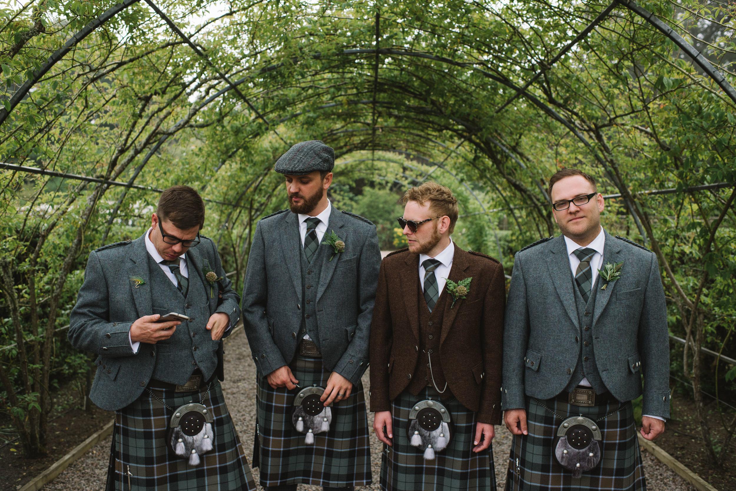 0198-LISA-DEVINE-PHOTOGRAPHY-ALTERNATIVE-WEDDING-PHOTOGRAPHY-SCOTLAND-DESTINATION-WEDDINGS-GLASGOW-WEDDINGS-COOL-WEDDINGS-STYLISH-WEDDINGS.JPG