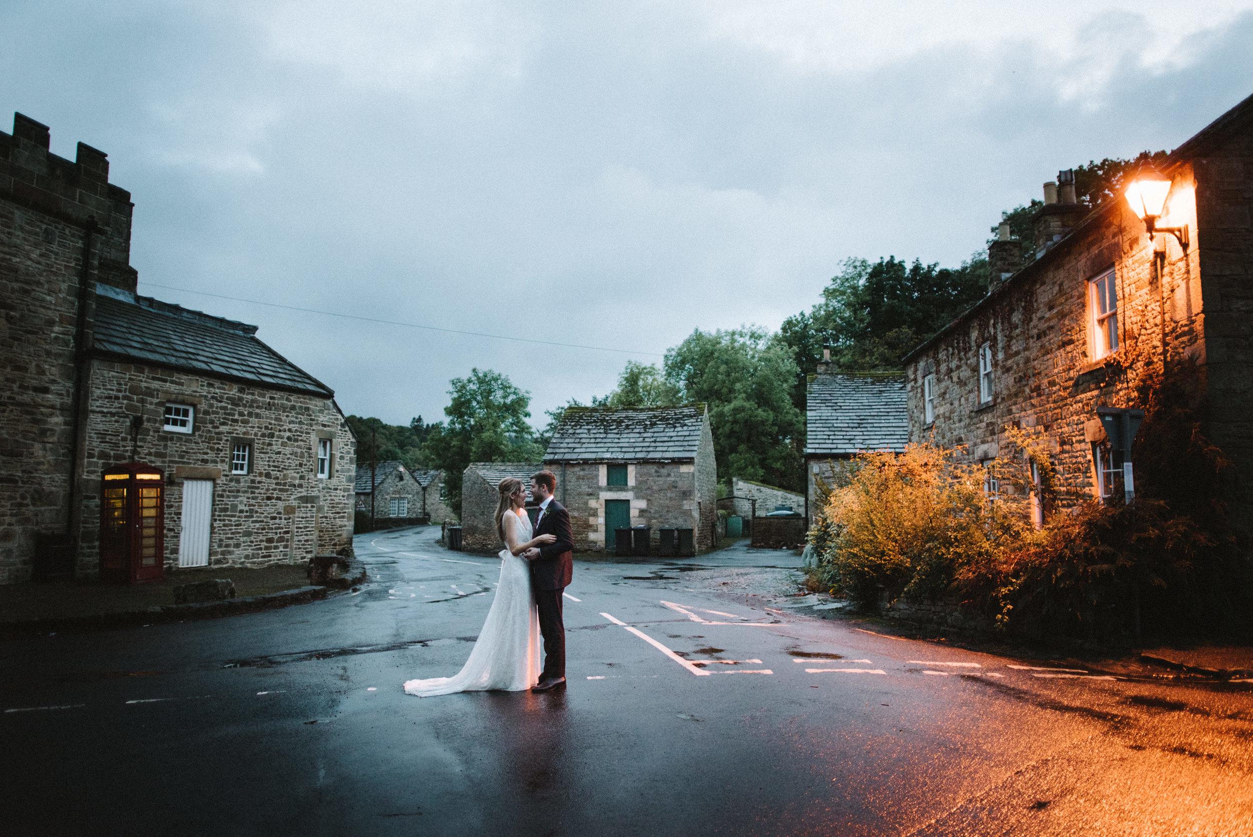 0204-LISA-DEVINE-PHOTOGRAPHY-ALTERNATIVE-WEDDING-PHOTOGRAPHY-SCOTLAND-DESTINATION-WEDDINGS-GLASGOW-WEDDINGS-COOL-WEDDINGS-STYLISH-WEDDINGS.JPG