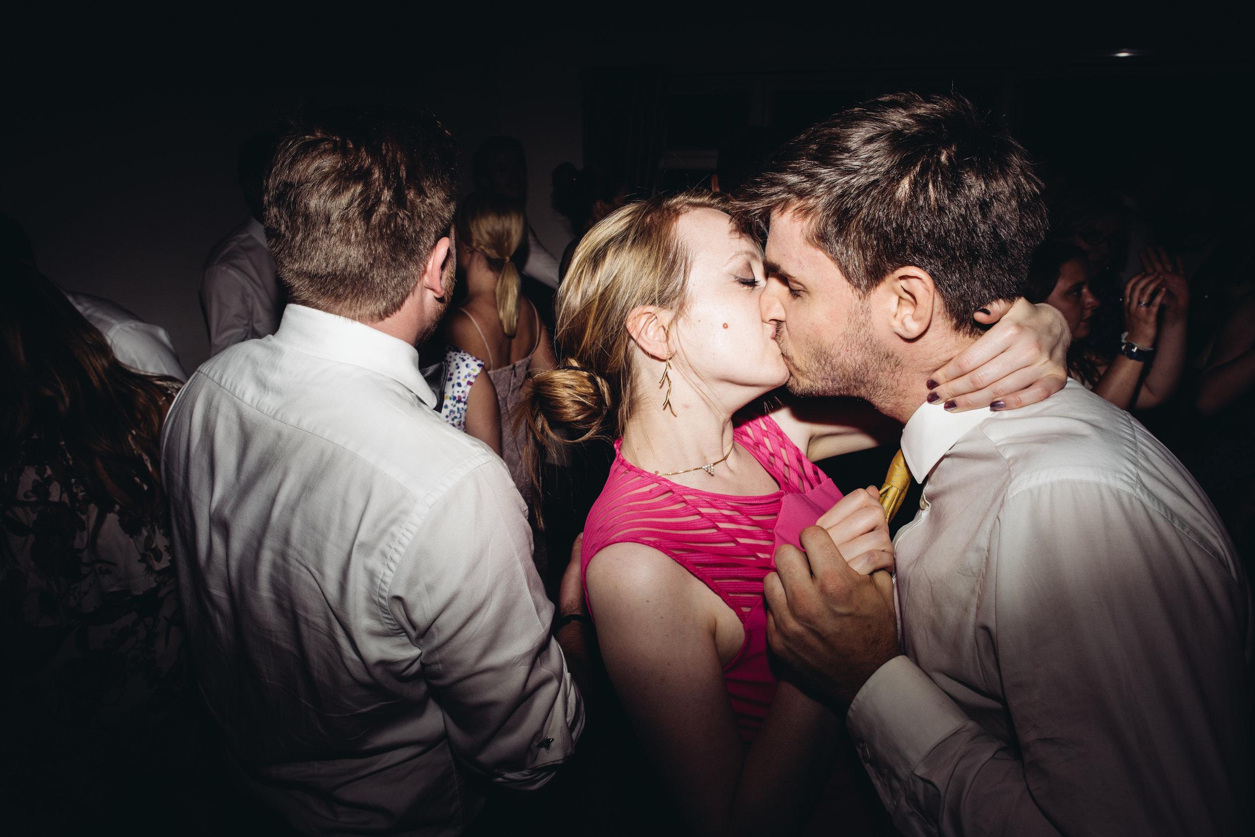 0244-LISA-DEVINE-PHOTOGRAPHY-ALTERNATIVE-WEDDING-PHOTOGRAPHY-SCOTLAND-DESTINATION-WEDDINGS-GLASGOW-WEDDINGS-COOL-WEDDINGS-STYLISH-WEDDINGS.JPG