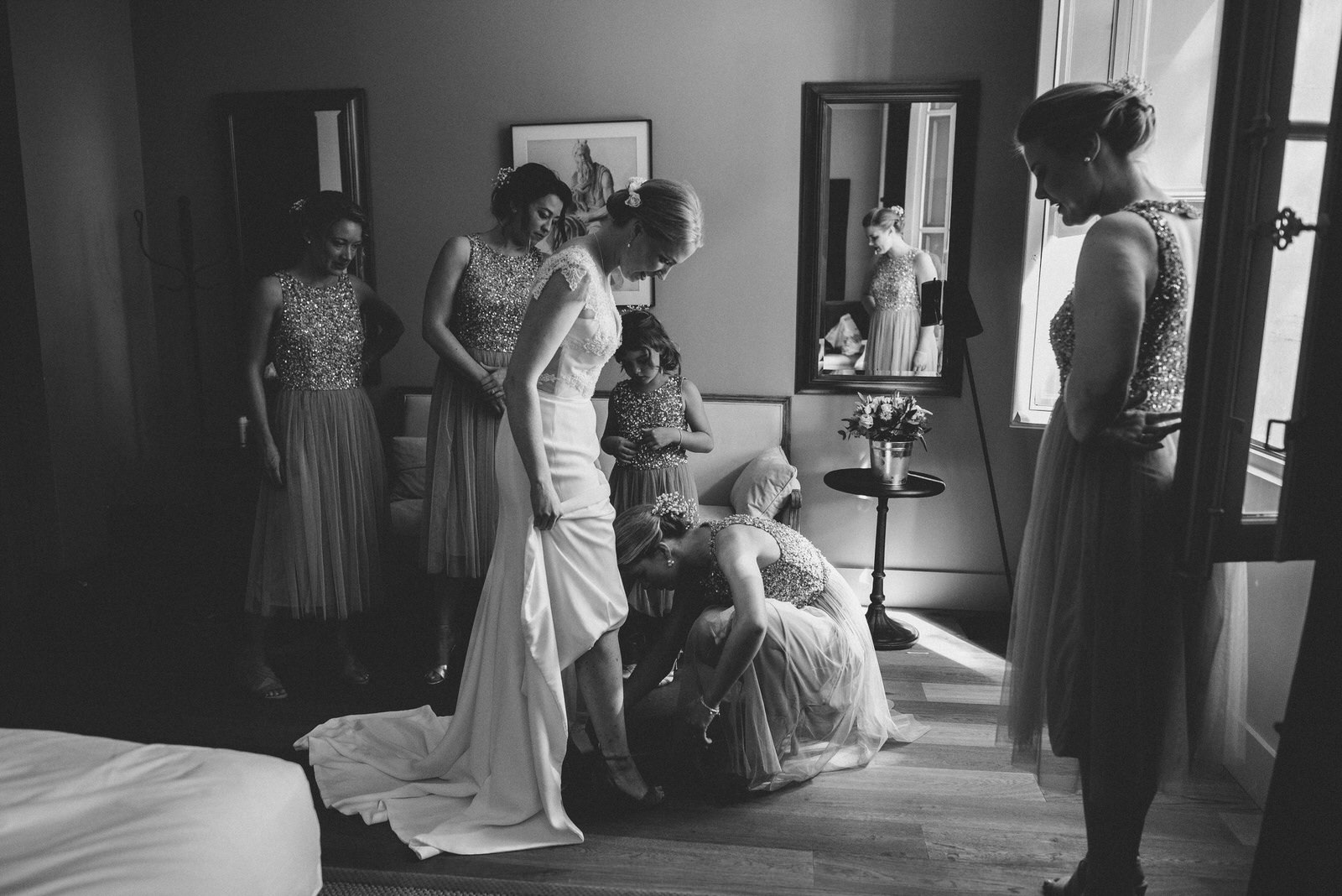 007-LOURMARIN-WEDDING-PHOTOGRAPHER-PROVENCE-WEDDING-ALTERNATIVE-WEDDING-PHOTOGRAPHY-FRANCE-PROVENCE-GARDEN-WEDDING.JPG