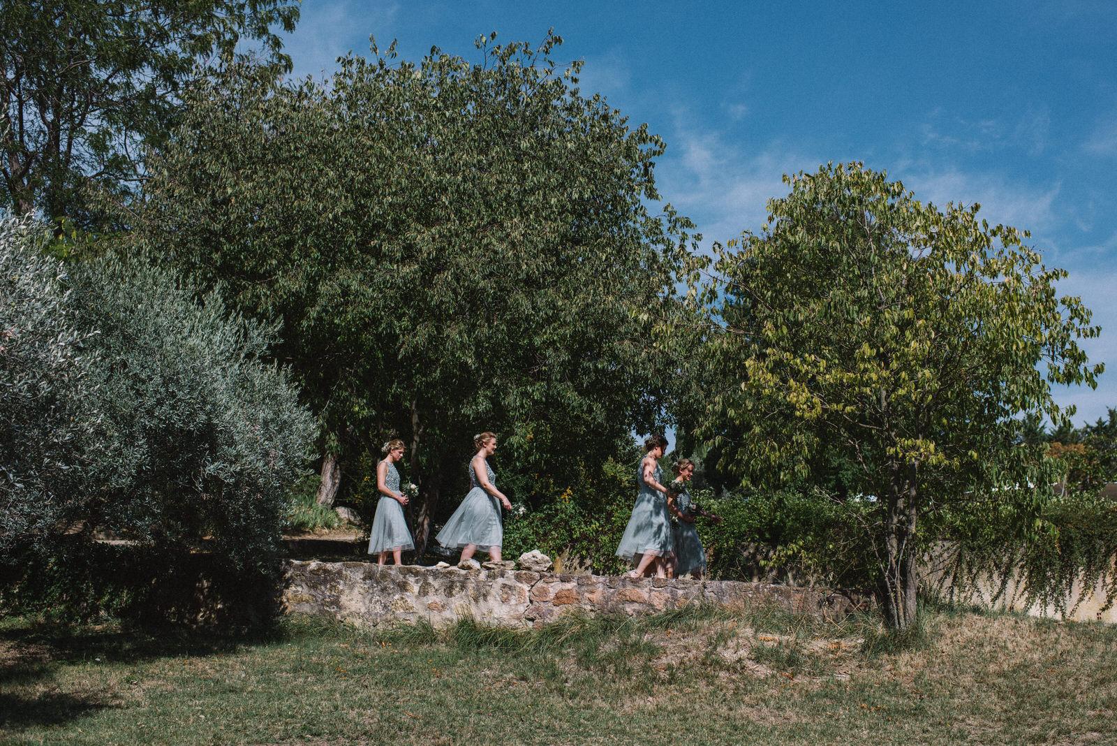 011-LOURMARIN-WEDDING-PHOTOGRAPHER-PROVENCE-WEDDING-ALTERNATIVE-WEDDING-PHOTOGRAPHY-FRANCE-PROVENCE-GARDEN-WEDDING.JPG