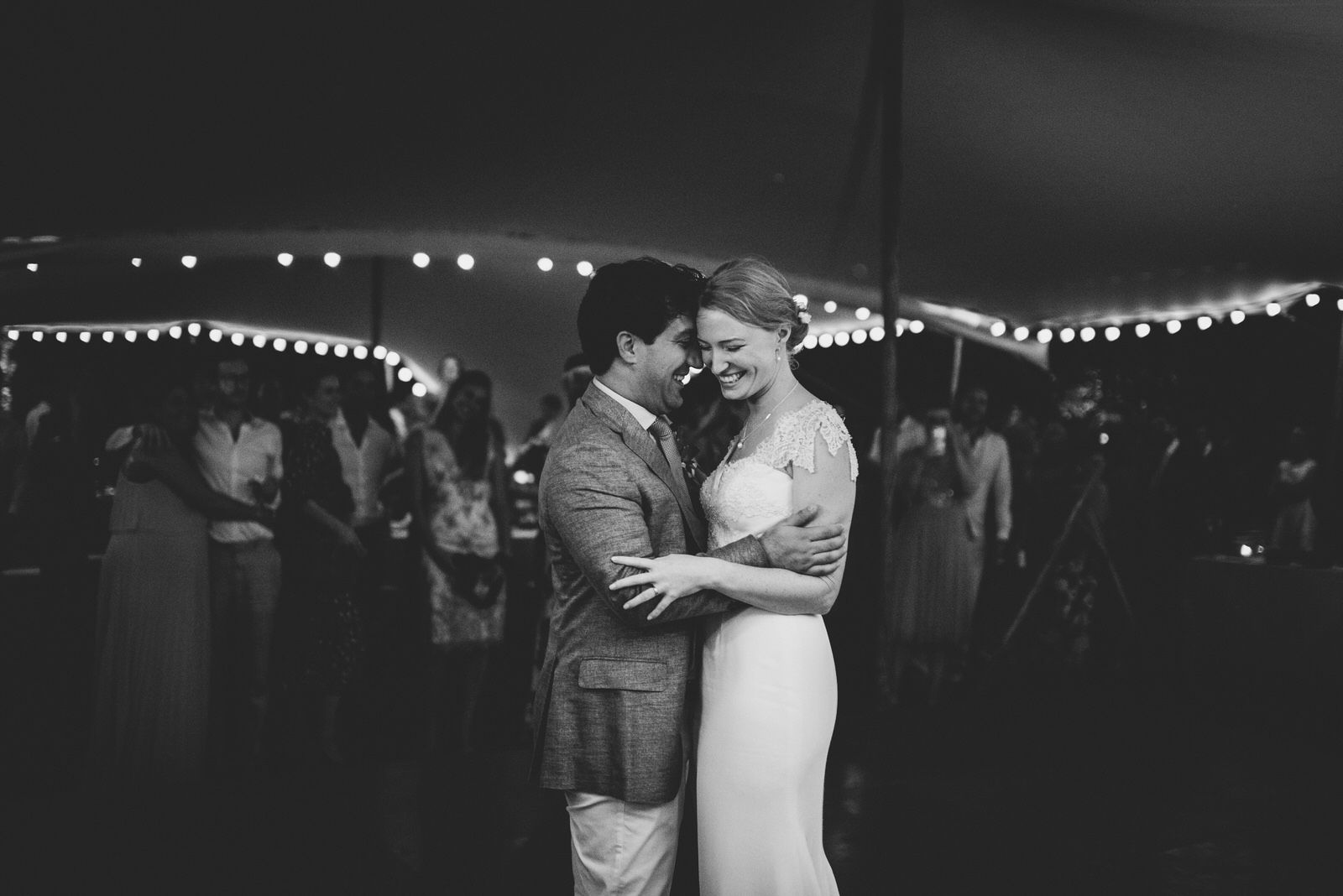 040-LOURMARIN-WEDDING-PHOTOGRAPHER-PROVENCE-WEDDING-ALTERNATIVE-WEDDING-PHOTOGRAPHY-FRANCE-PROVENCE-GARDEN-WEDDING.JPG