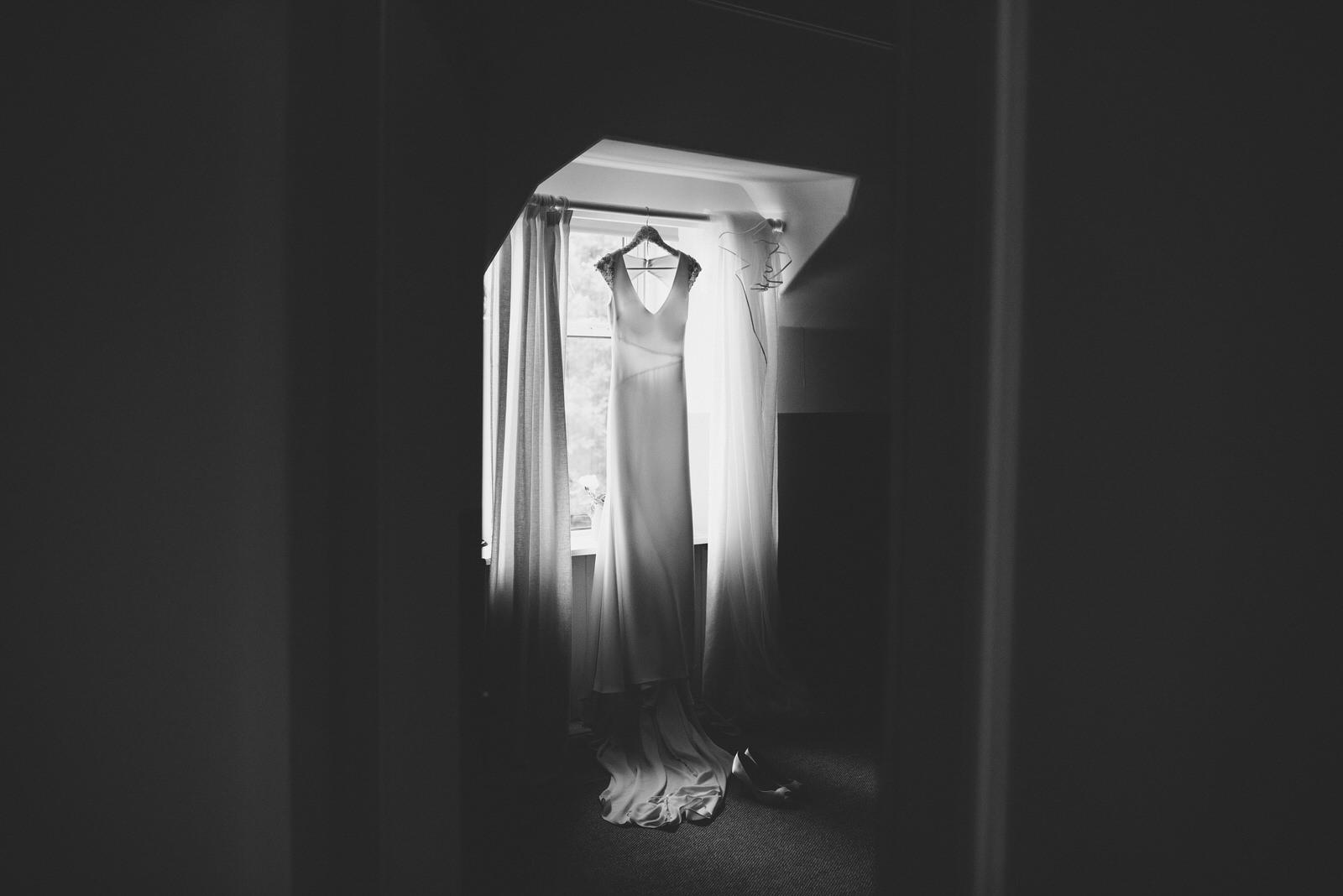 009-GUARDSWELL-FARM-WEDDING-ALTERNATIVE-SCOTTISH-WEDDING-PHOTOGRAPHER-SCOTTISH-WEDDING-DESTINATION-WEDDING-PHOTOGRAPHER.JPG