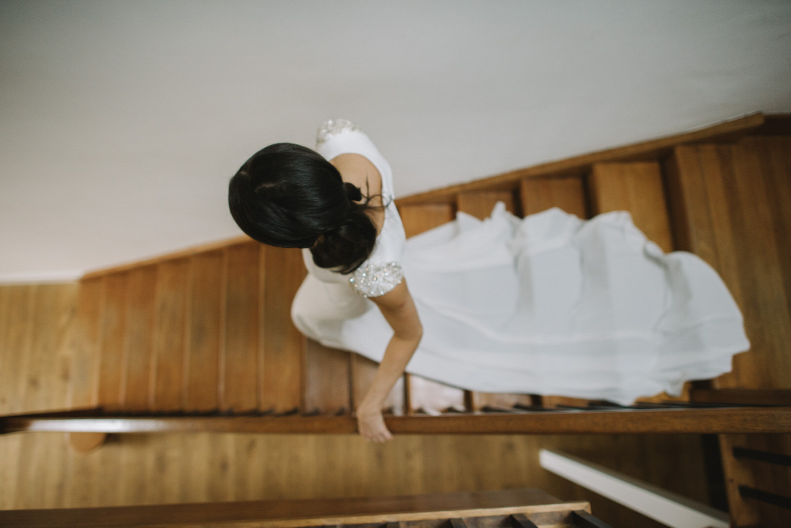 022-GUARDSWELL-FARM-WEDDING-ALTERNATIVE-SCOTTISH-WEDDING-PHOTOGRAPHER-SCOTTISH-WEDDING-DESTINATION-WEDDING-PHOTOGRAPHER.JPG