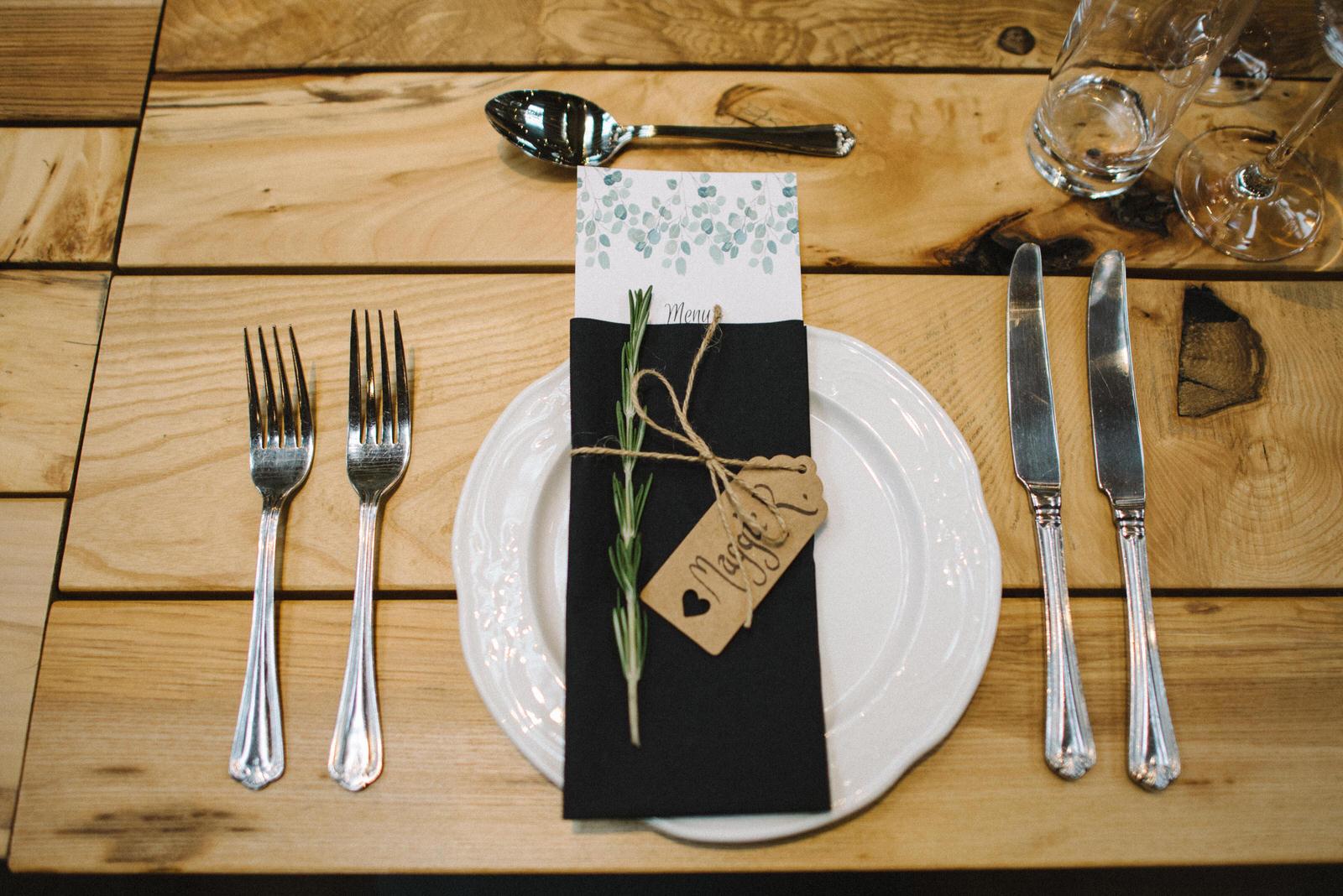 045-GUARDSWELL-FARM-WEDDING-ALTERNATIVE-SCOTTISH-WEDDING-PHOTOGRAPHER-SCOTTISH-WEDDING-DESTINATION-WEDDING-PHOTOGRAPHER.JPG