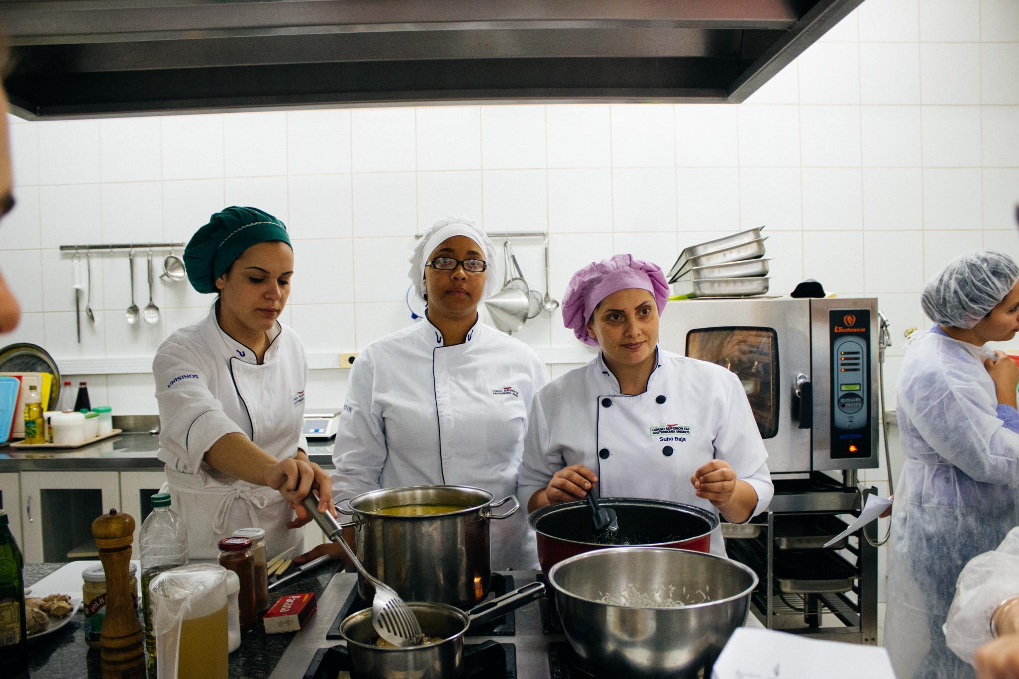 Marcela, Alexandra e Suha