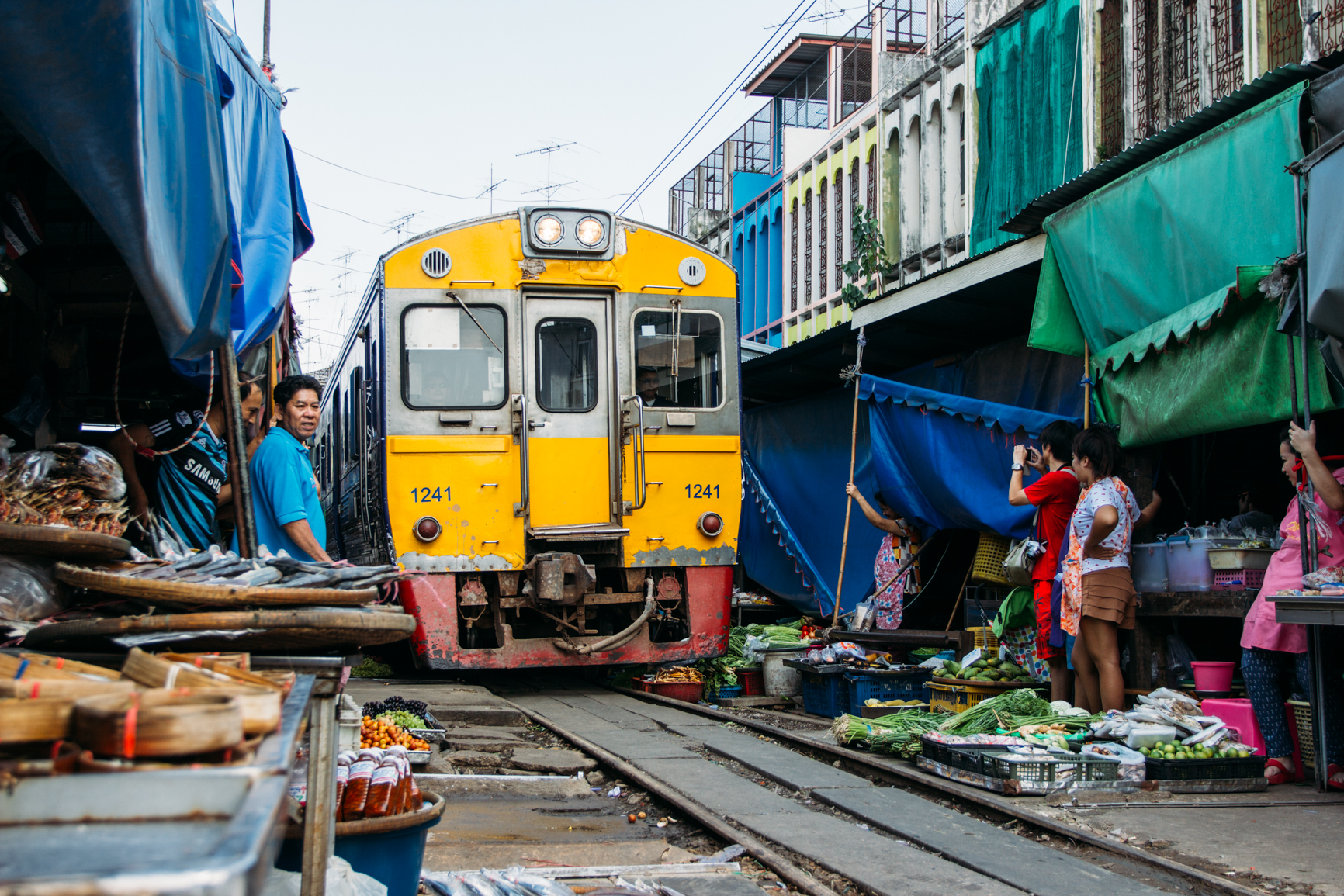 mercado do trem eduardo e monica