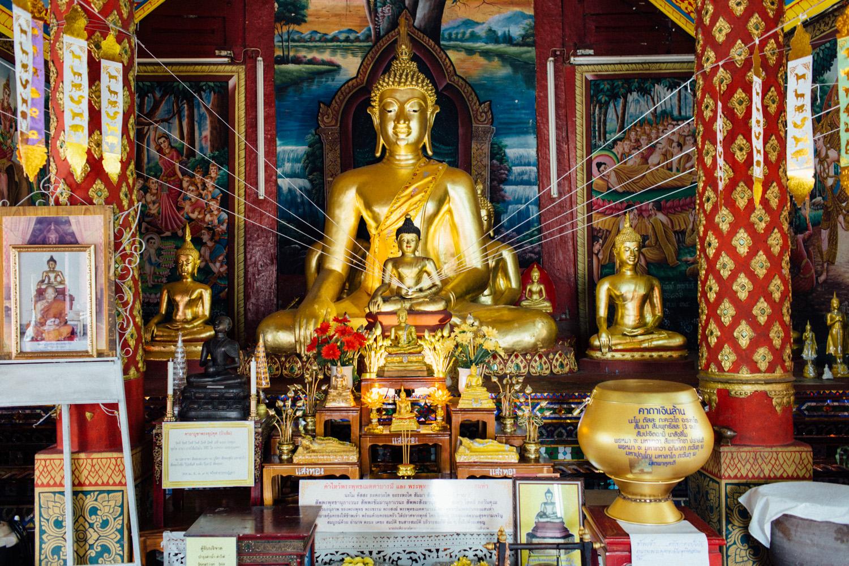 Monk Thap Thailand 2016-10.jpg