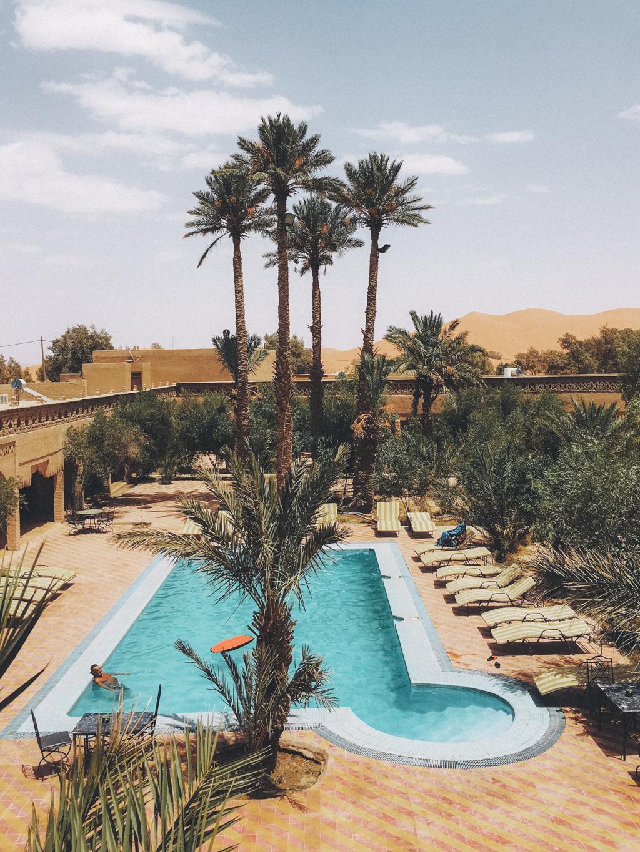 A cidade base do deserto do Saara,Merzouga, Marrocos - iPhone 6s
