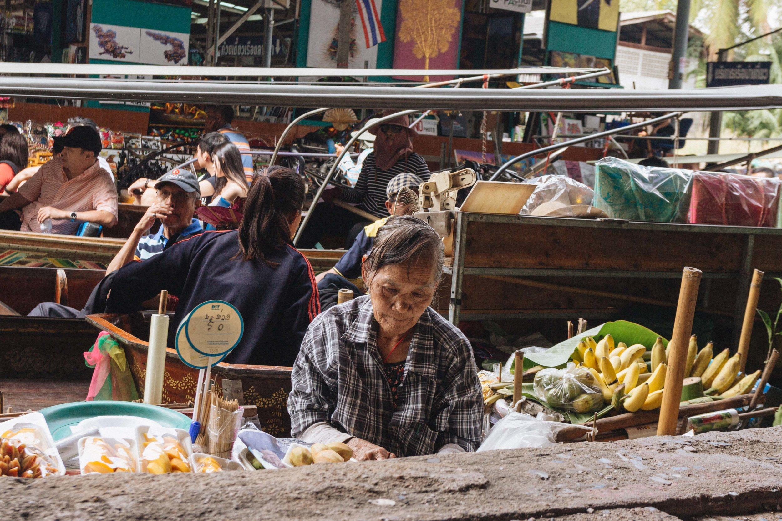 Mercado Flutuante Bangkok 32.jpg