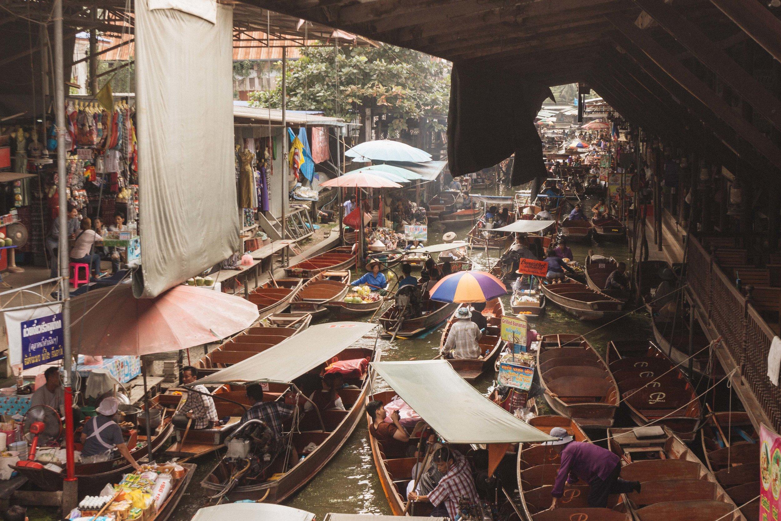 Mercado Flutuante Bangkok 77.jpg