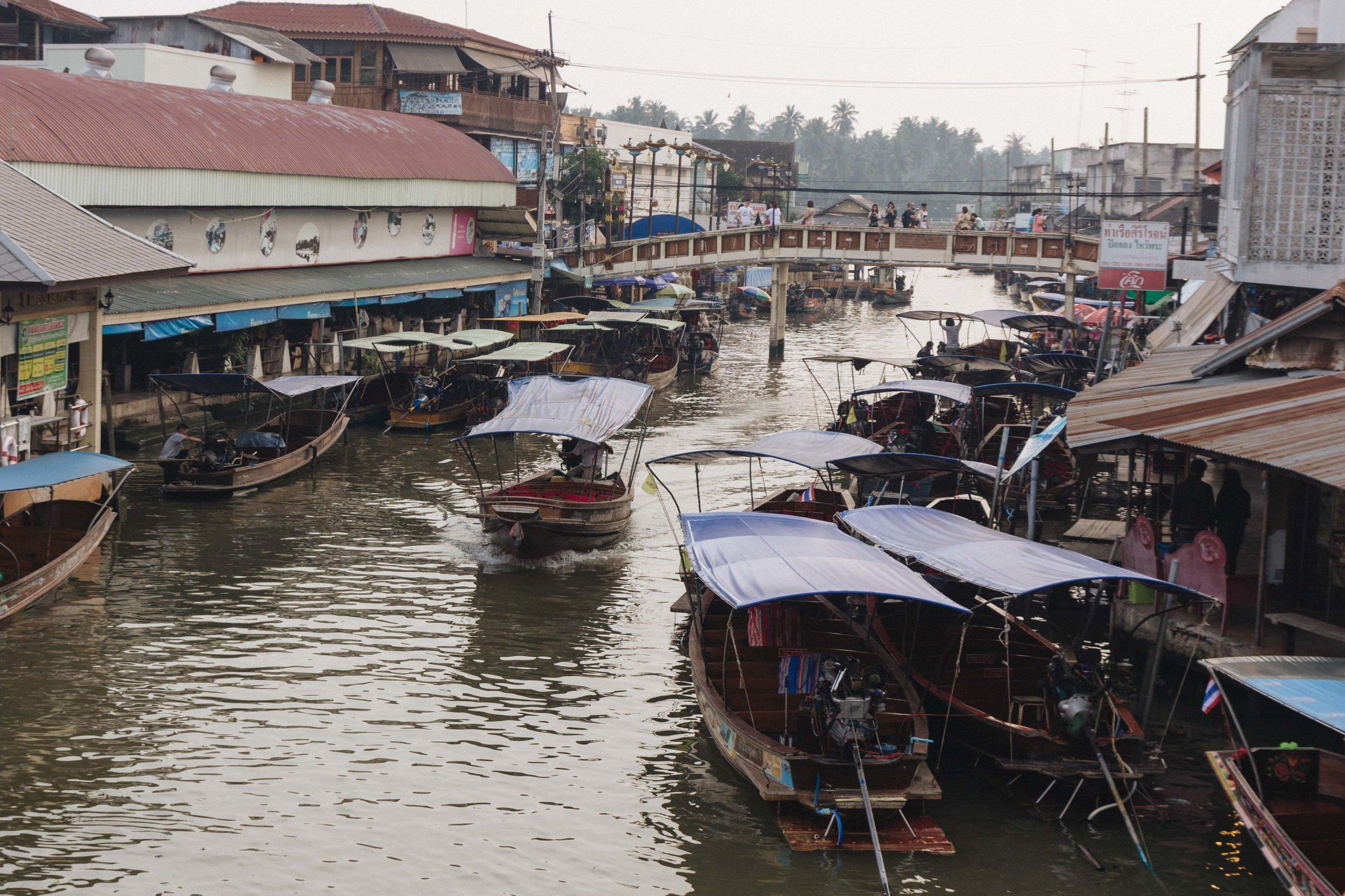 Mercado flutuante Amphawa