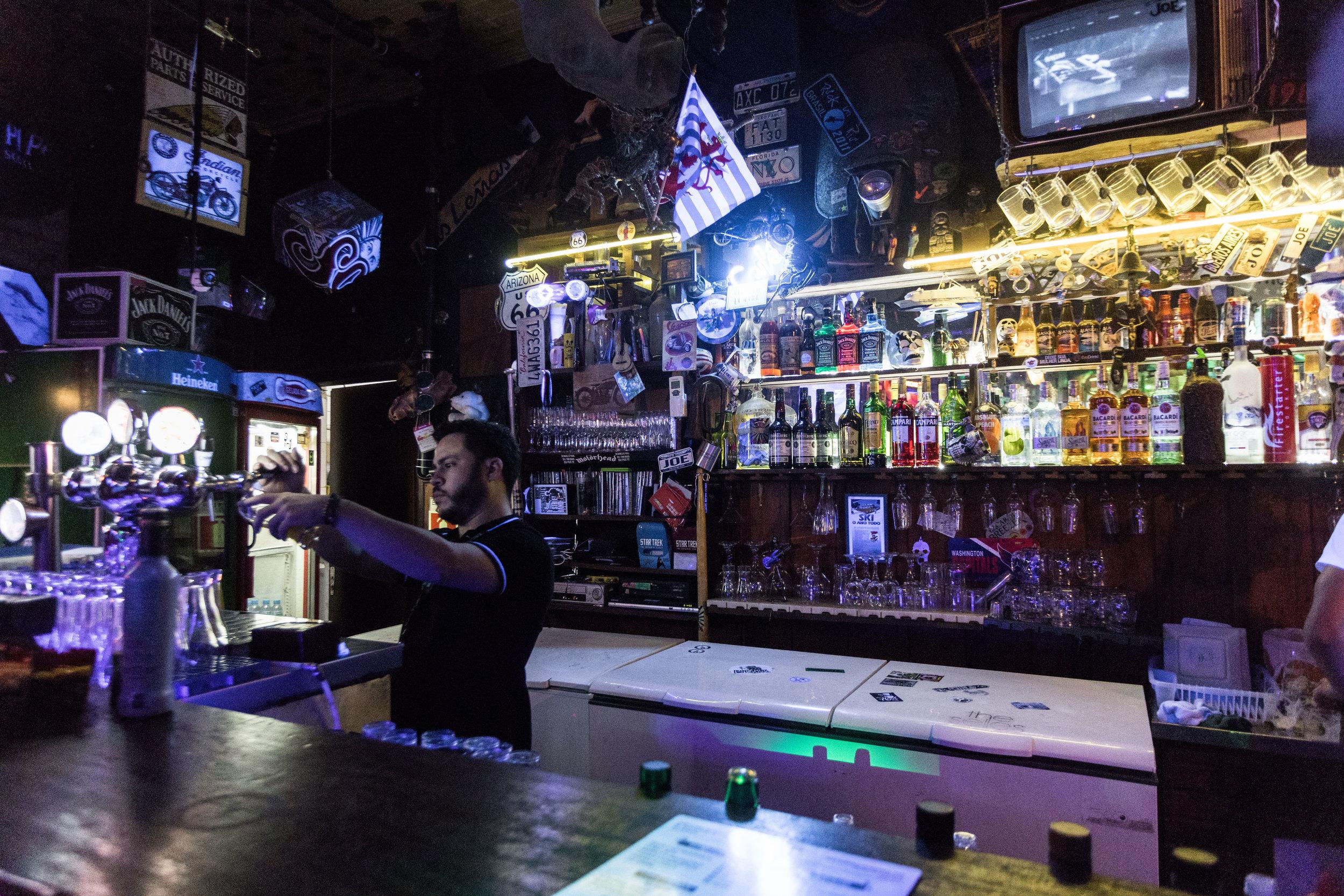 bar joe noite garibaldi serra