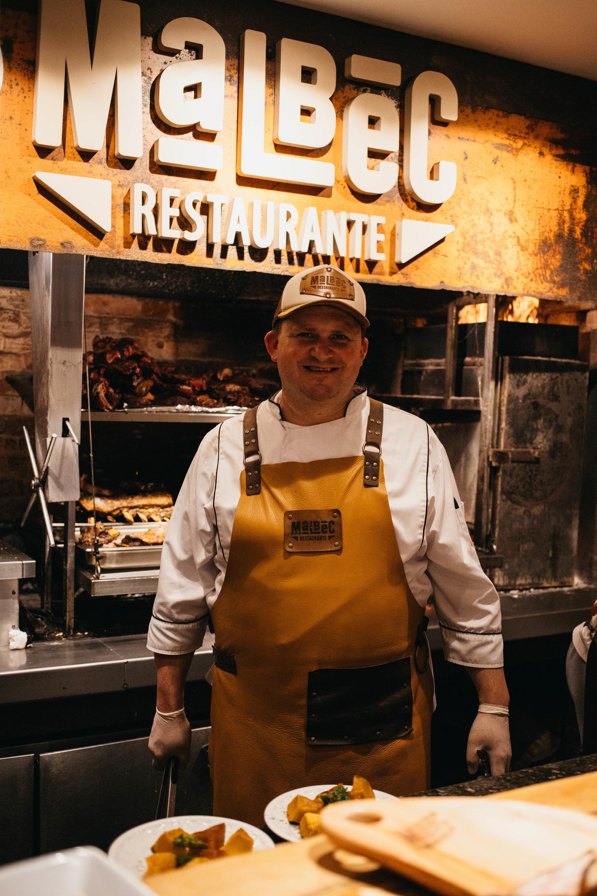 Carlos Siedekum, chef e assador do Malbec