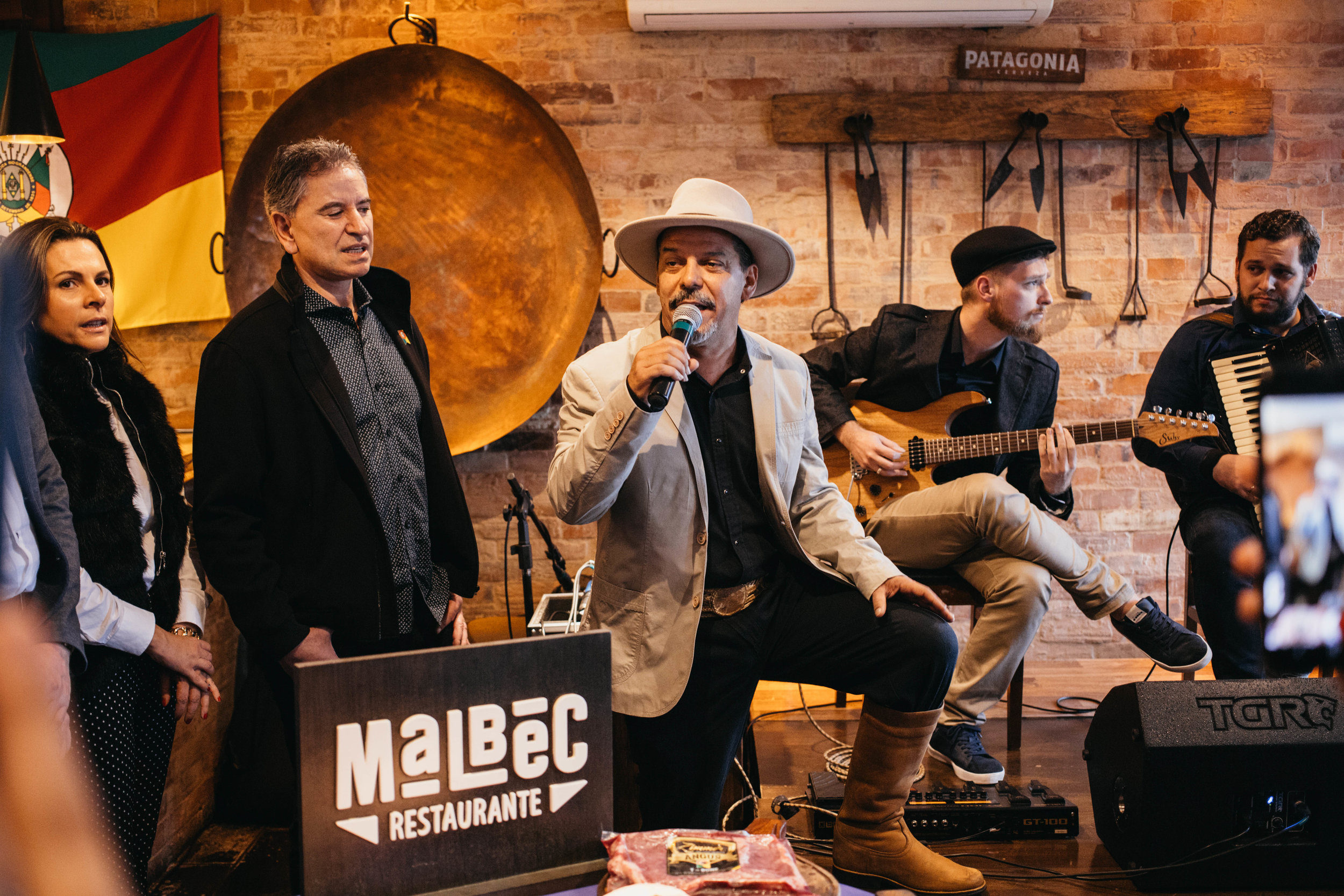 Neto Fagundes animando o 3º Festival Angus Malbec