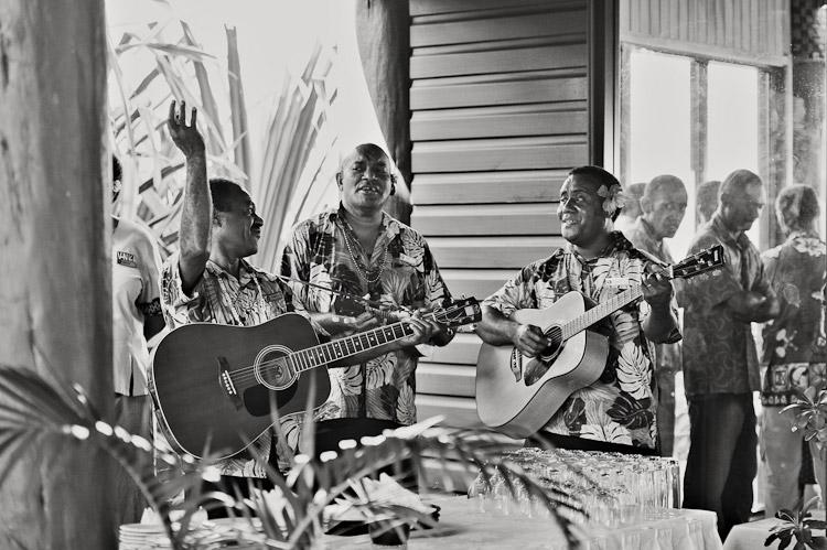 Wedding-Photographer-Fiji-T&L45.jpg