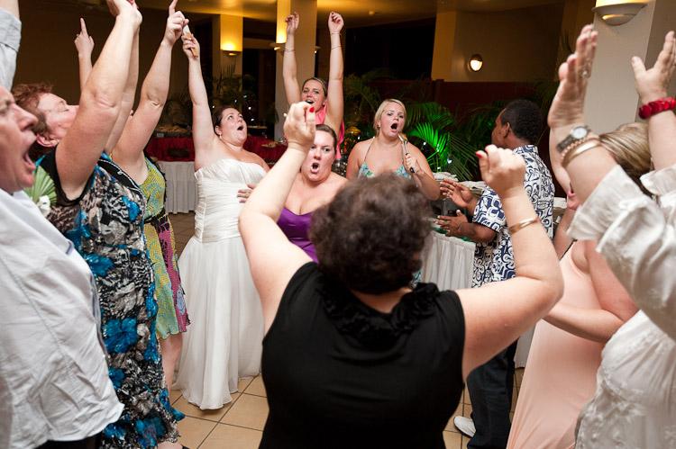 Wedding-Photographer-Fiji-T&L108.jpg