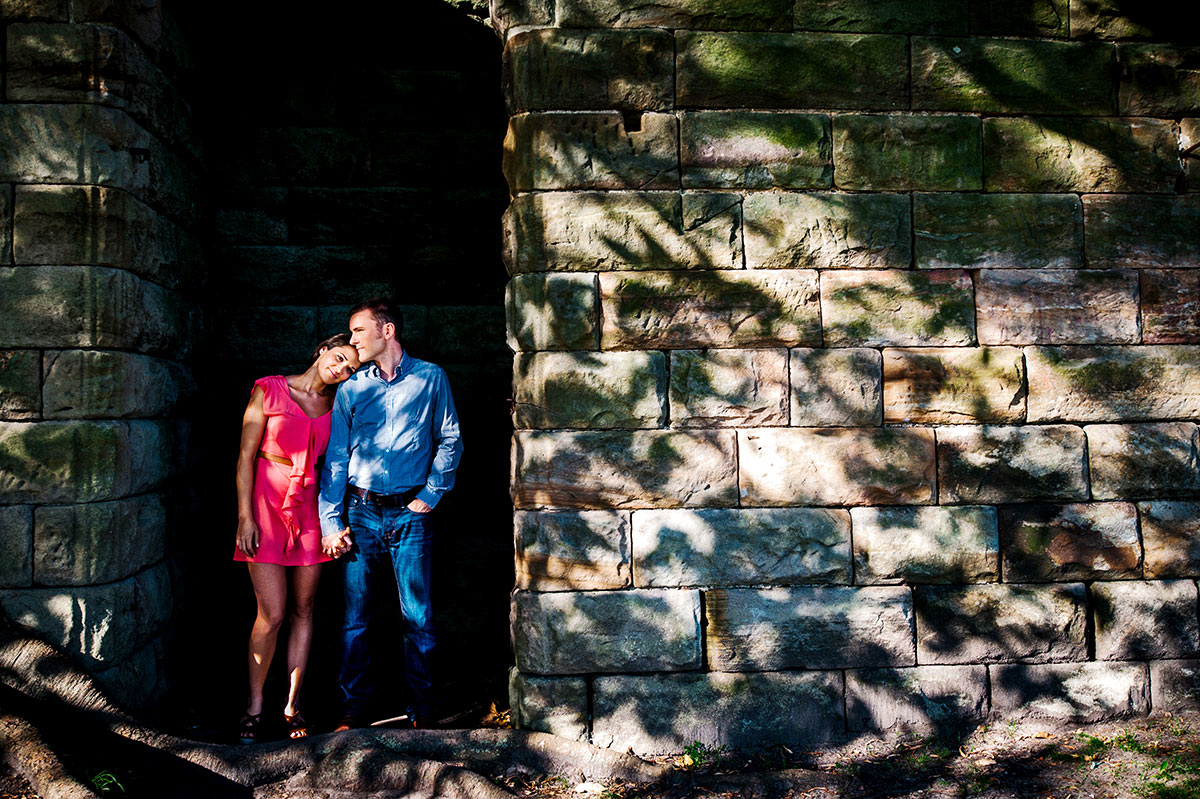 A good-looking couple pose in a Kirribilli doorway
