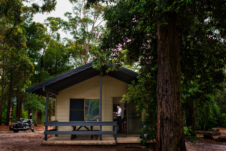 Groom preparation - Kangaroo Valley Bush Retreat