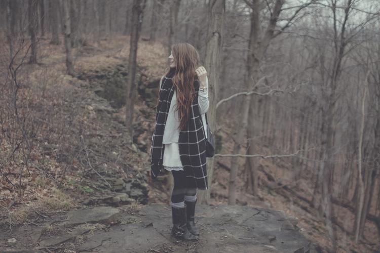 scarf+layers+forest+via+Rebecca-Jacobs.com-6.jpg