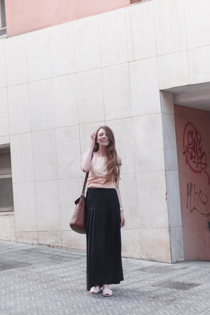 Top:    Club Monaco 'Nasya'  (added this summer)  |   Skirt:   thrifted (old)  |   Sandals:   bought in Spain (added this summer)