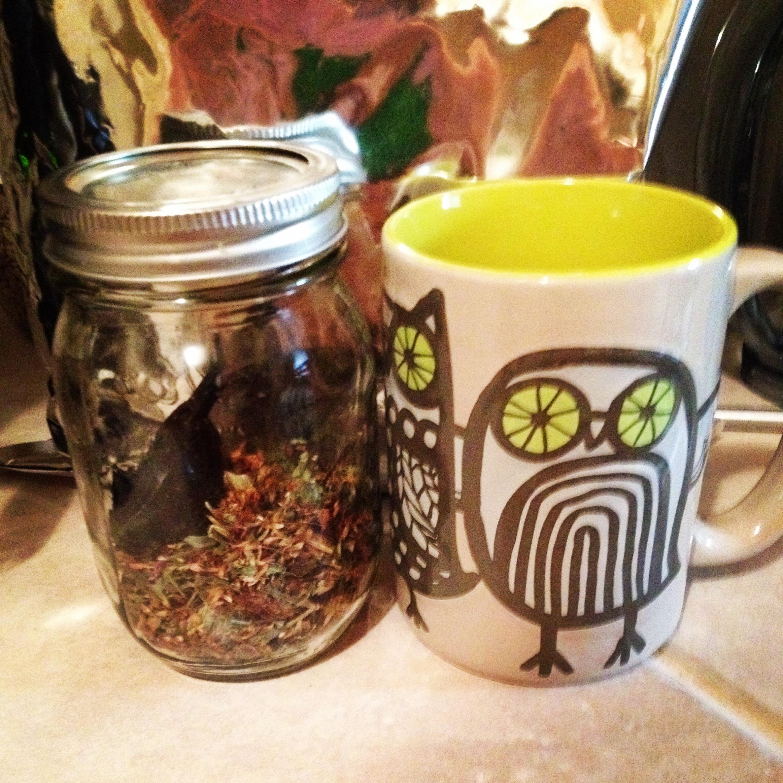 Loose leaf tea in a mason jar