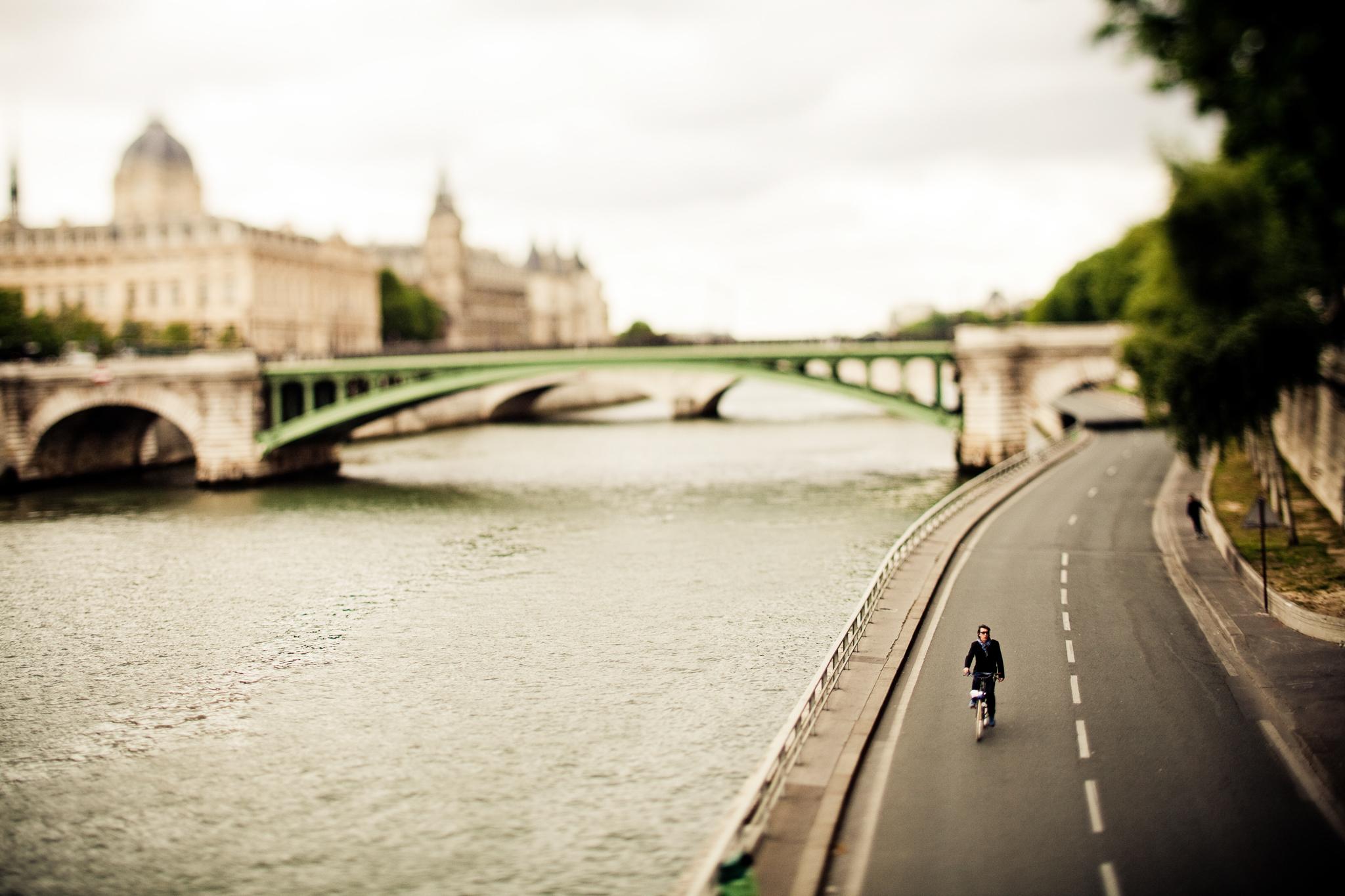 019_paris_rider.jpg