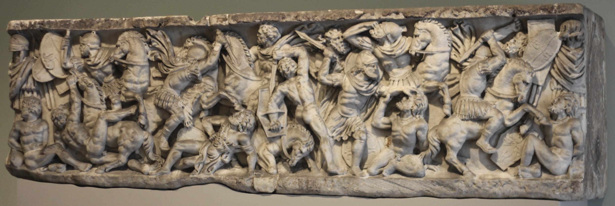 Roman_sarcophagus_with_battle_scene.jpg