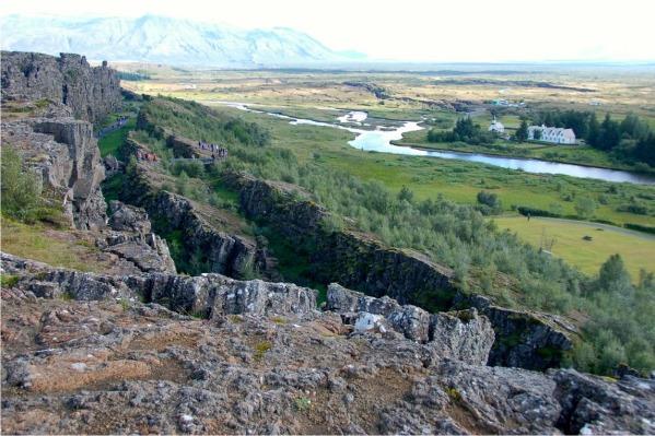Iceland_Pingvellir_2.jpg