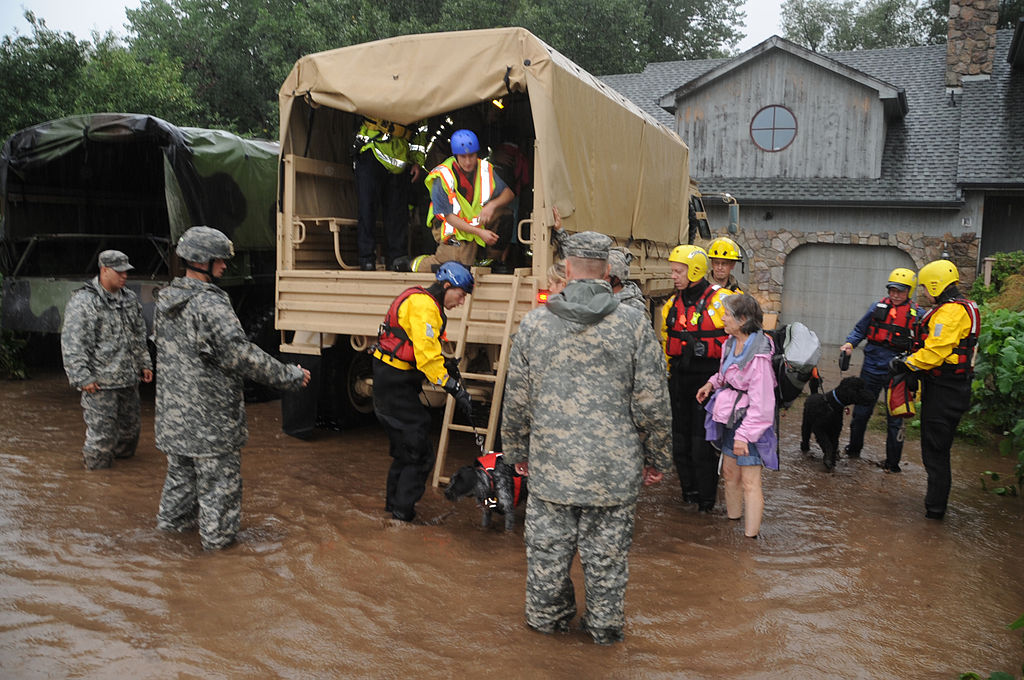 Colorado National Guardsmen respond to floods in Boulder County, Colorado, United States. 12 September 2013. Image: United States Department of Defense